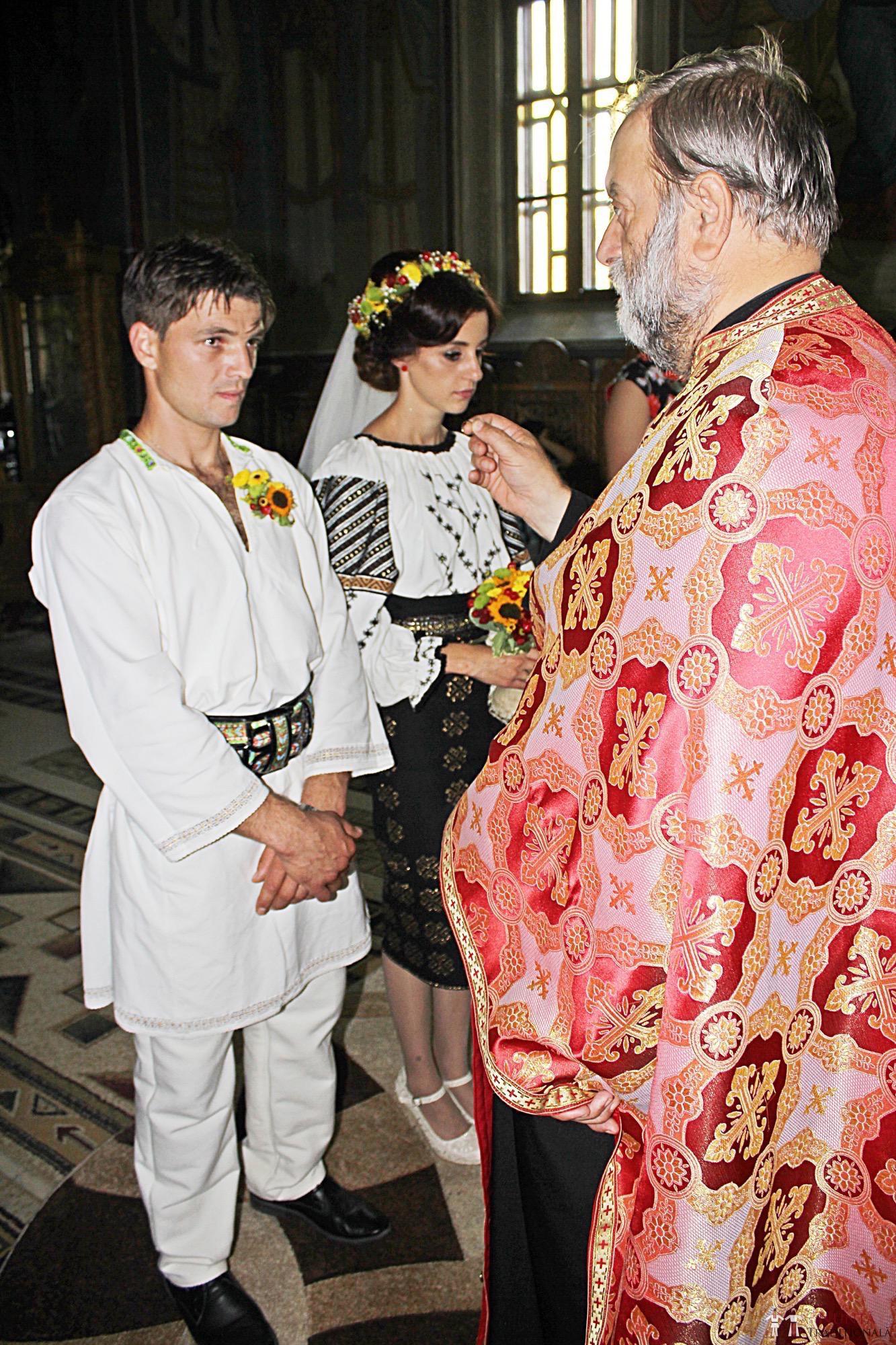 Povești Nunți Tradiționale - Geta și Gavril. Nuntă acasă, în Bucovina. 10