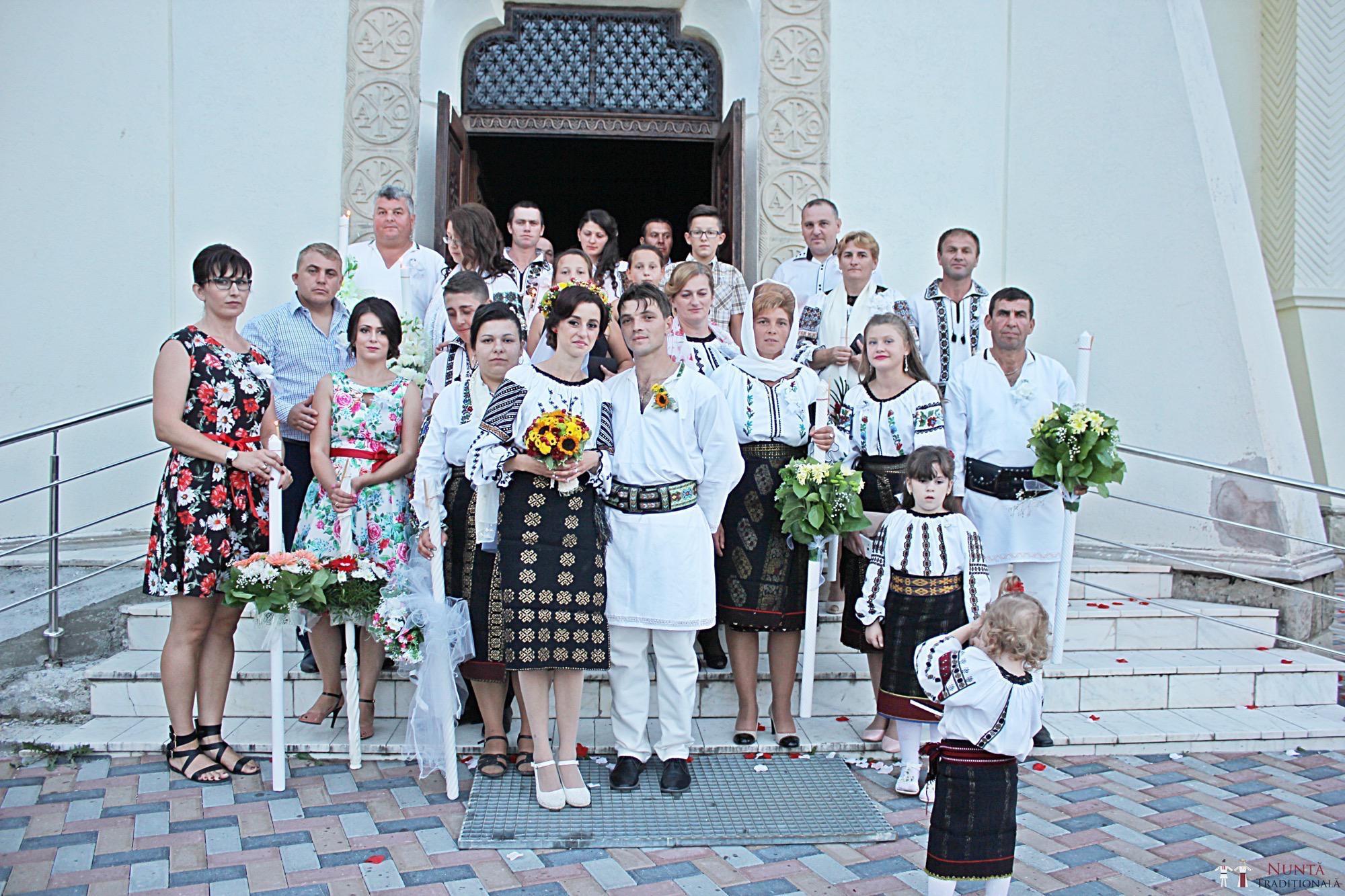 Povești Nunți Tradiționale - Geta și Gavril. Nuntă acasă, în Bucovina. 11