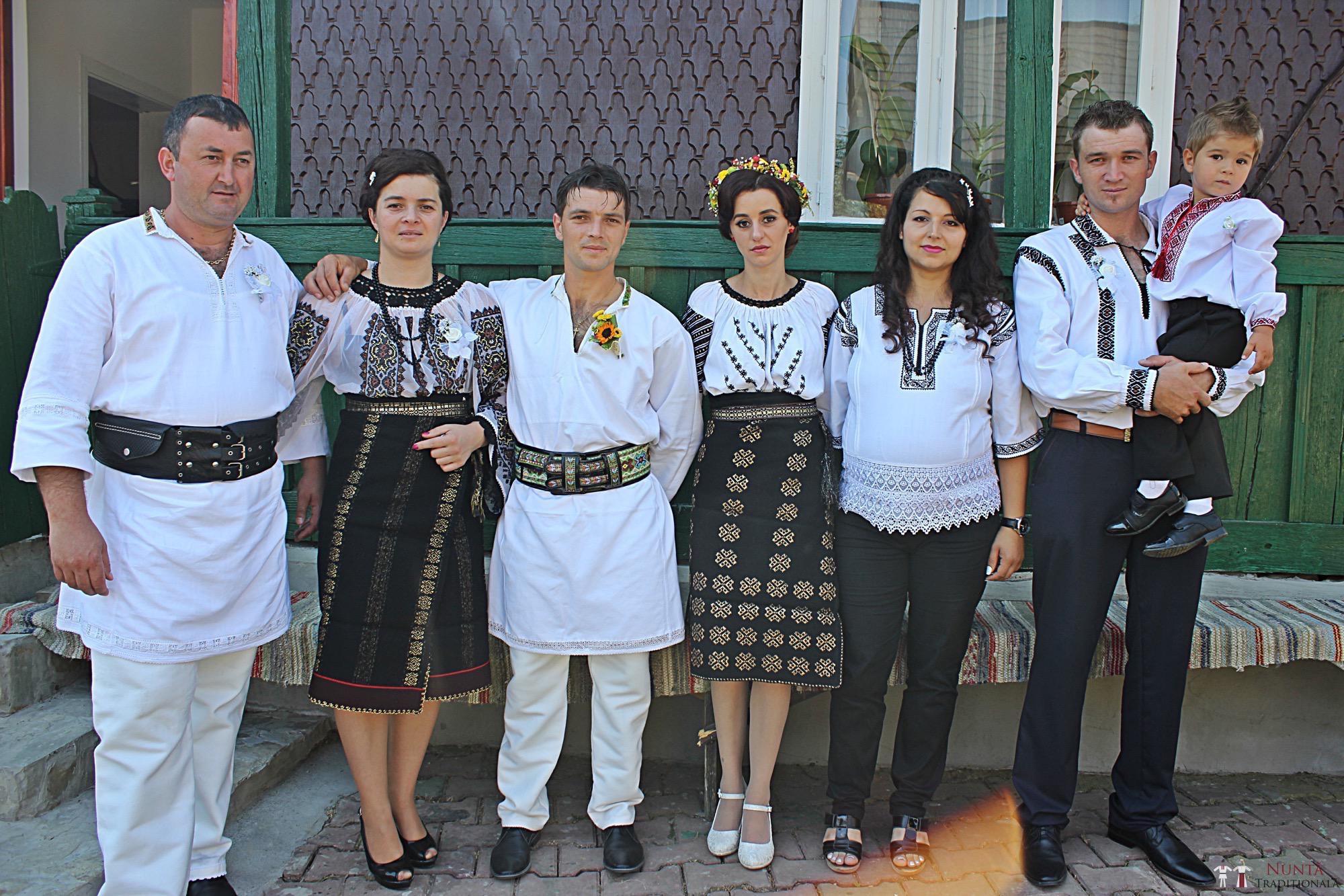 Povești Nunți Tradiționale - Geta și Gavril. Nuntă acasă, în Bucovina. 1