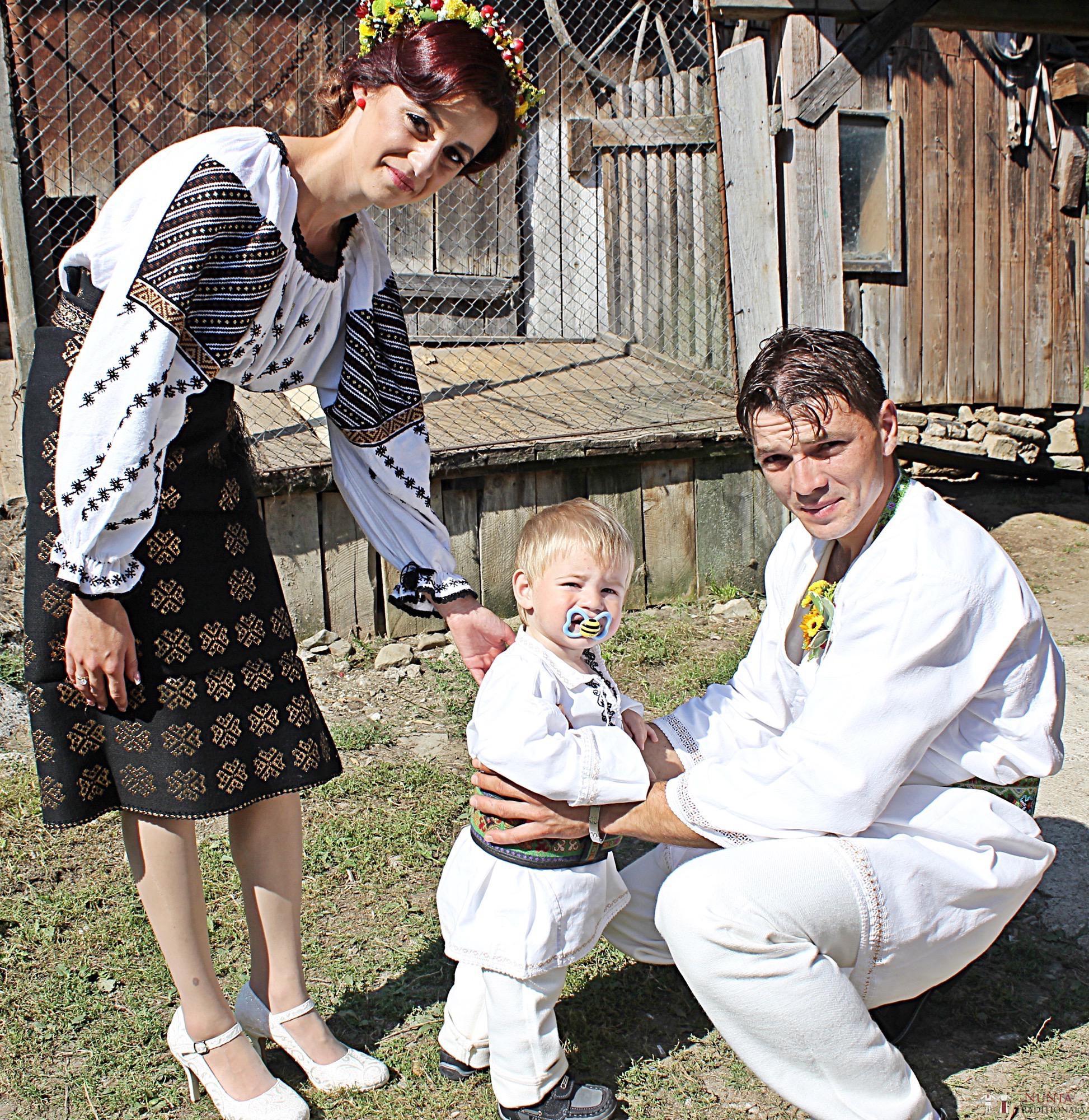 Povești Nunți Tradiționale - Geta și Gavril. Nuntă acasă, în Bucovina. 2
