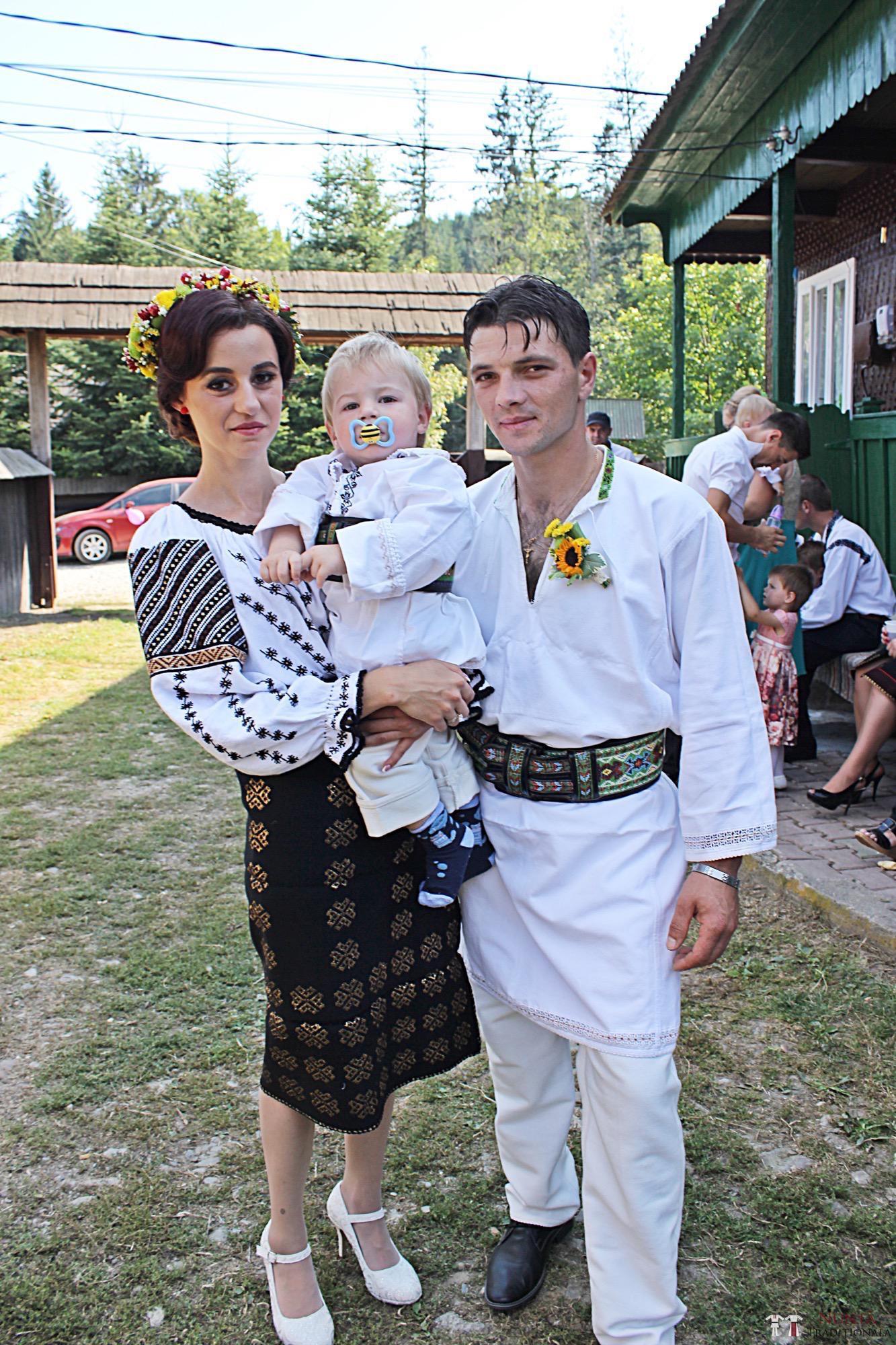 Povești Nunți Tradiționale - Geta și Gavril. Nuntă acasă, în Bucovina. 3