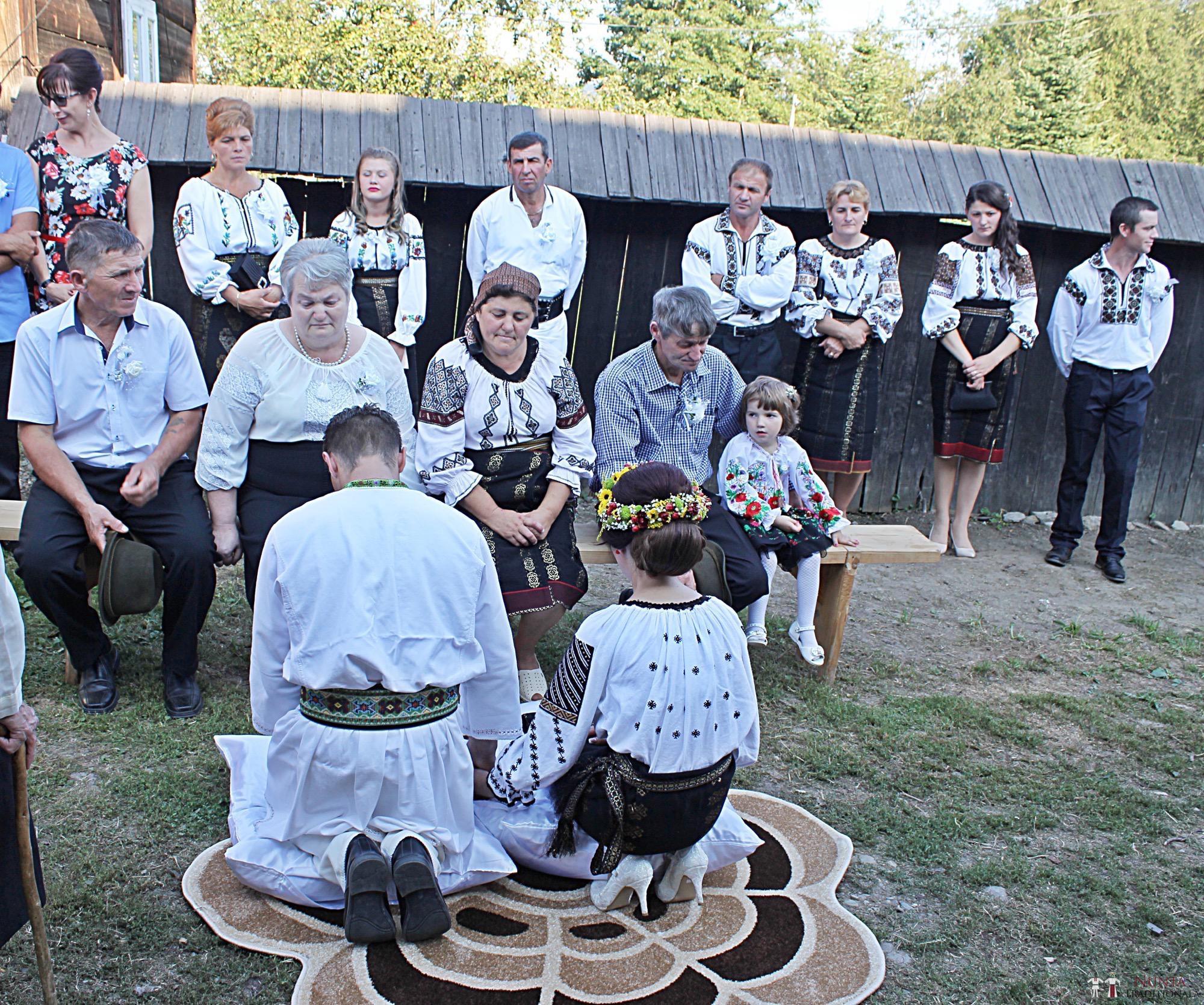 Povești Nunți Tradiționale - Geta și Gavril. Nuntă acasă, în Bucovina. 5