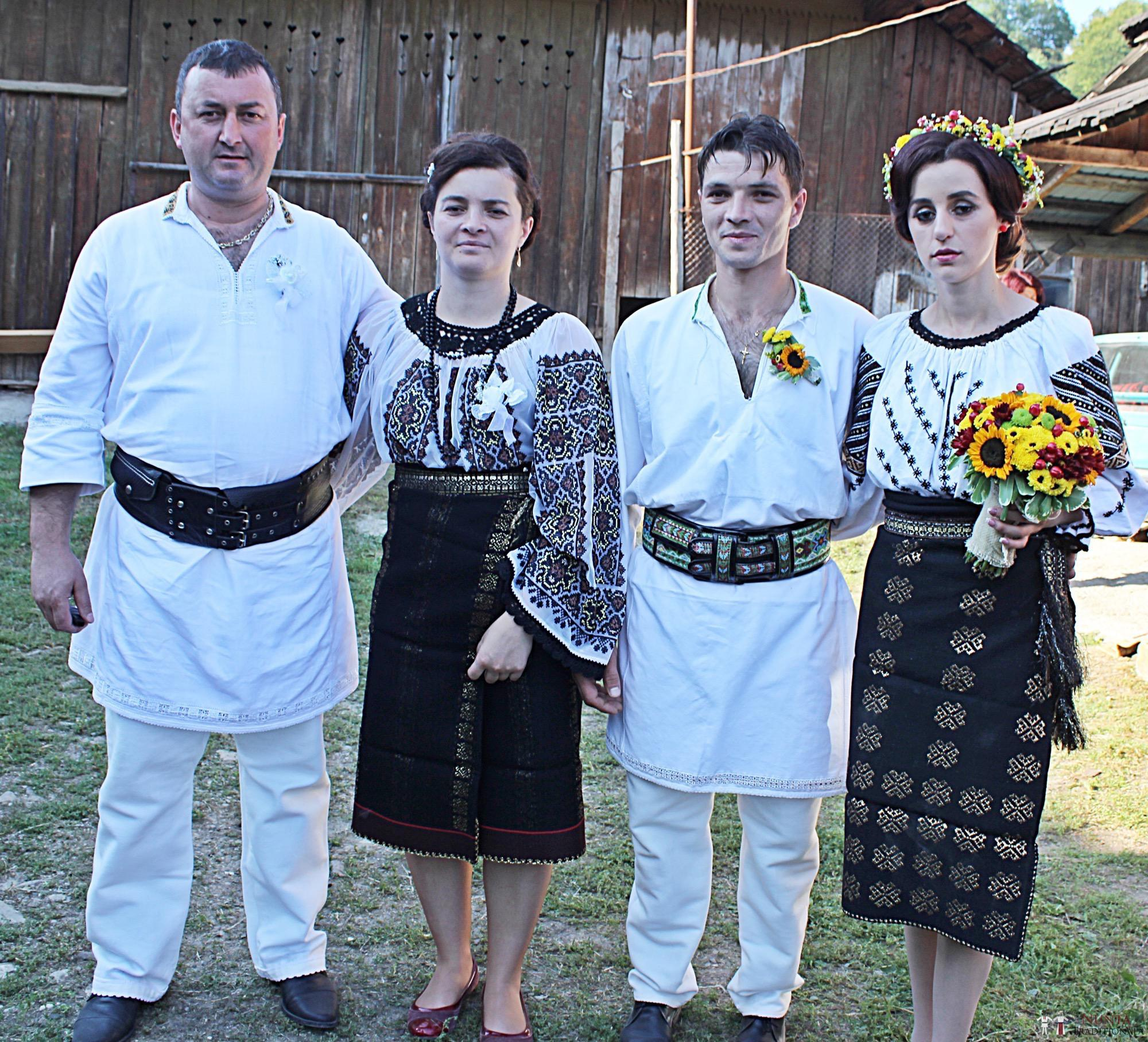 Povești Nunți Tradiționale - Geta și Gavril. Nuntă acasă, în Bucovina. 6