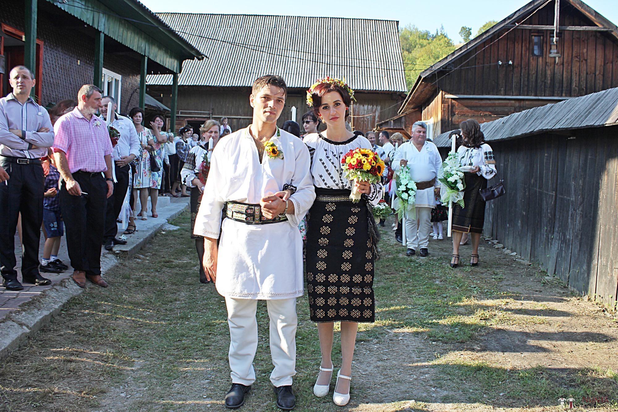 Povești Nunți Tradiționale - Geta și Gavril. Nuntă acasă, în Bucovina. 7