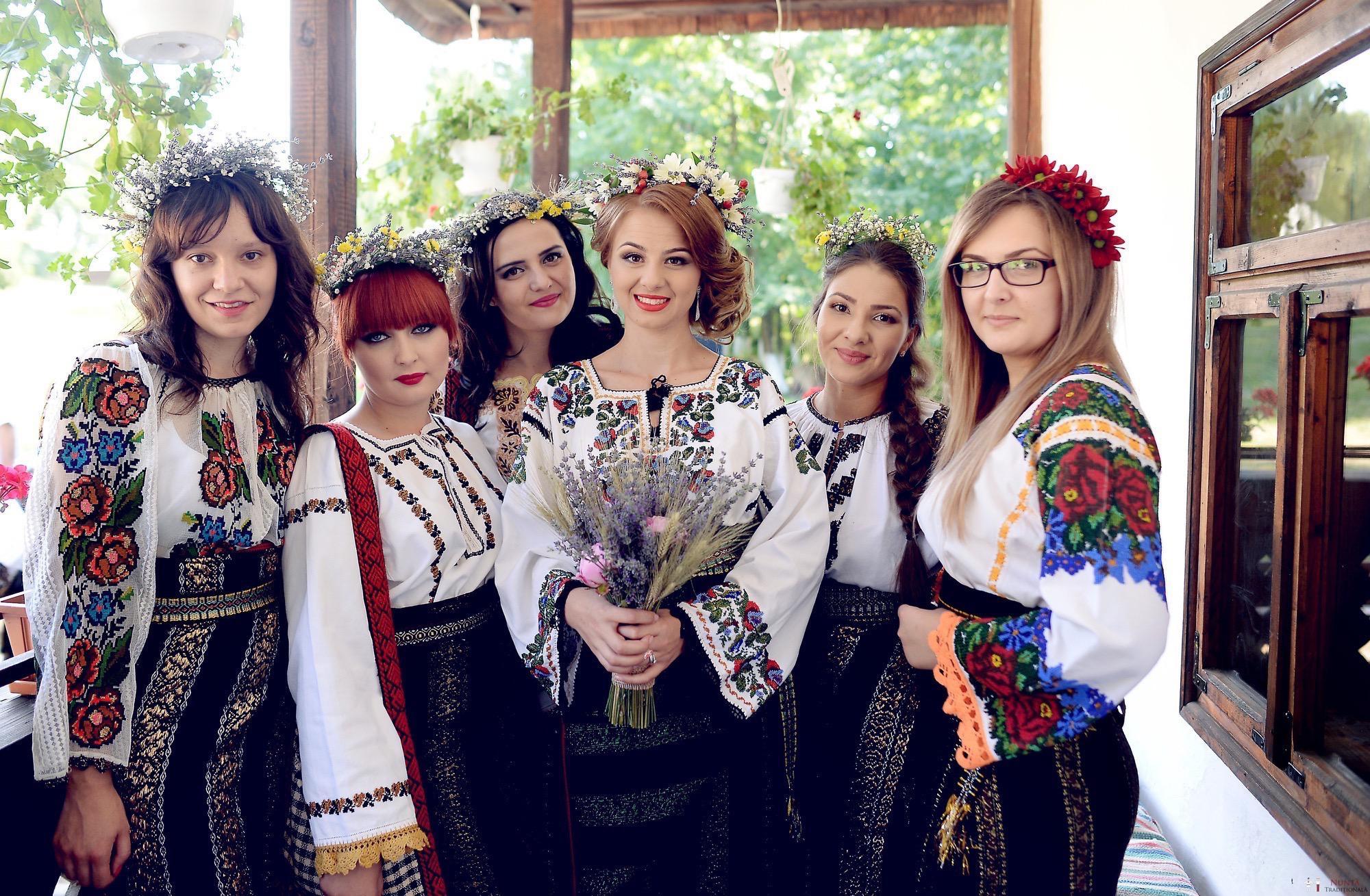 Povești Nunți Tradiționale - Iulia și Andrei. Nuntă tradițională în Bucovina. 25