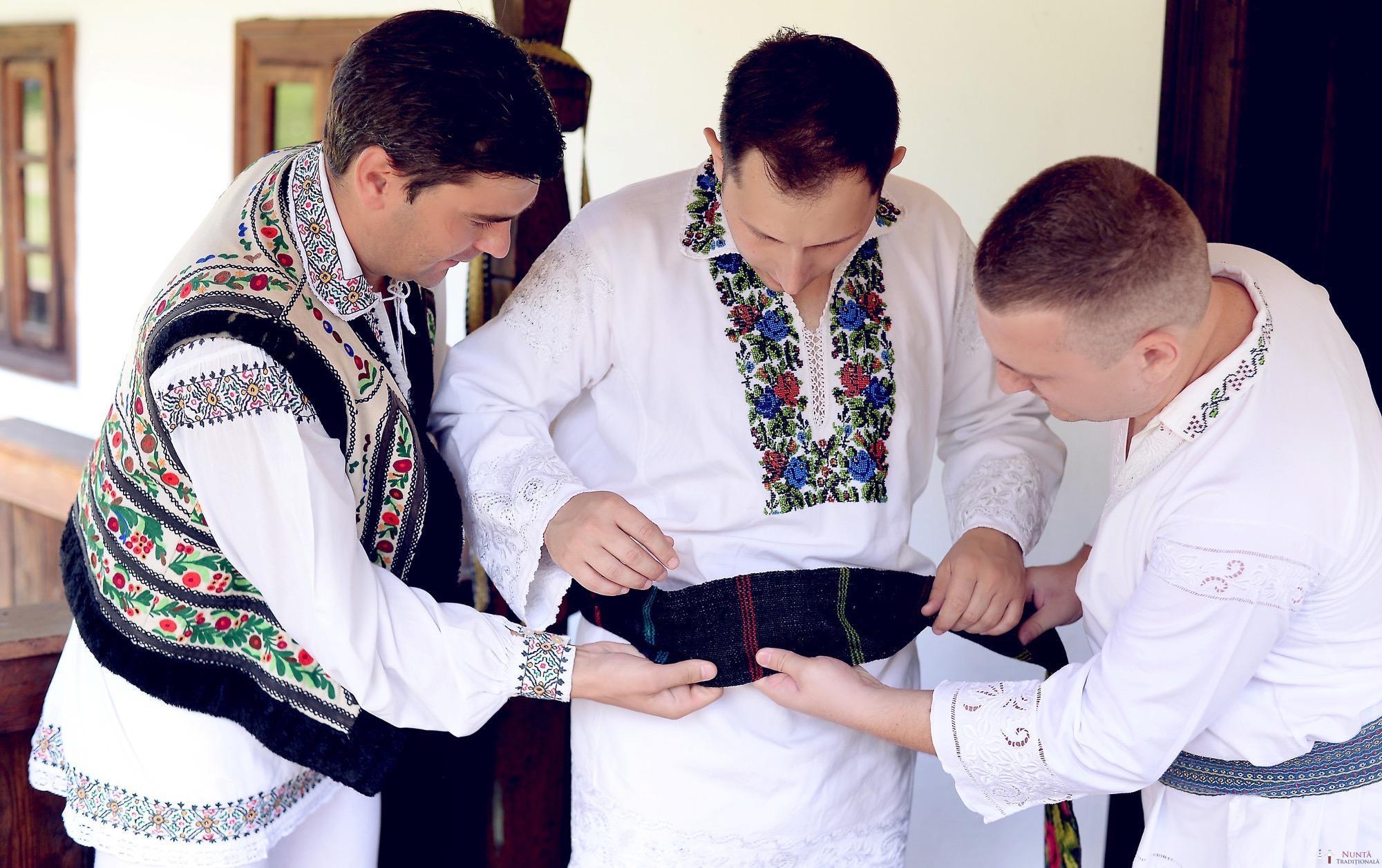 Povești Nunți Tradiționale - Iulia și Andrei. Nuntă tradițională în Bucovina. 30