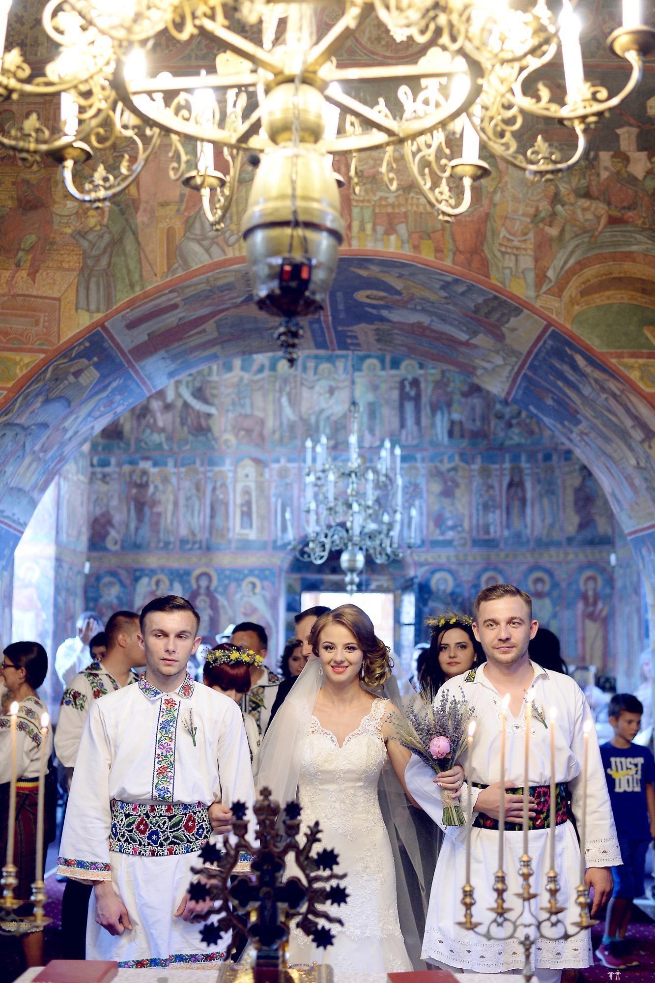 Povești Nunți Tradiționale - Iulia și Andrei. Nuntă tradițională în Bucovina. 62