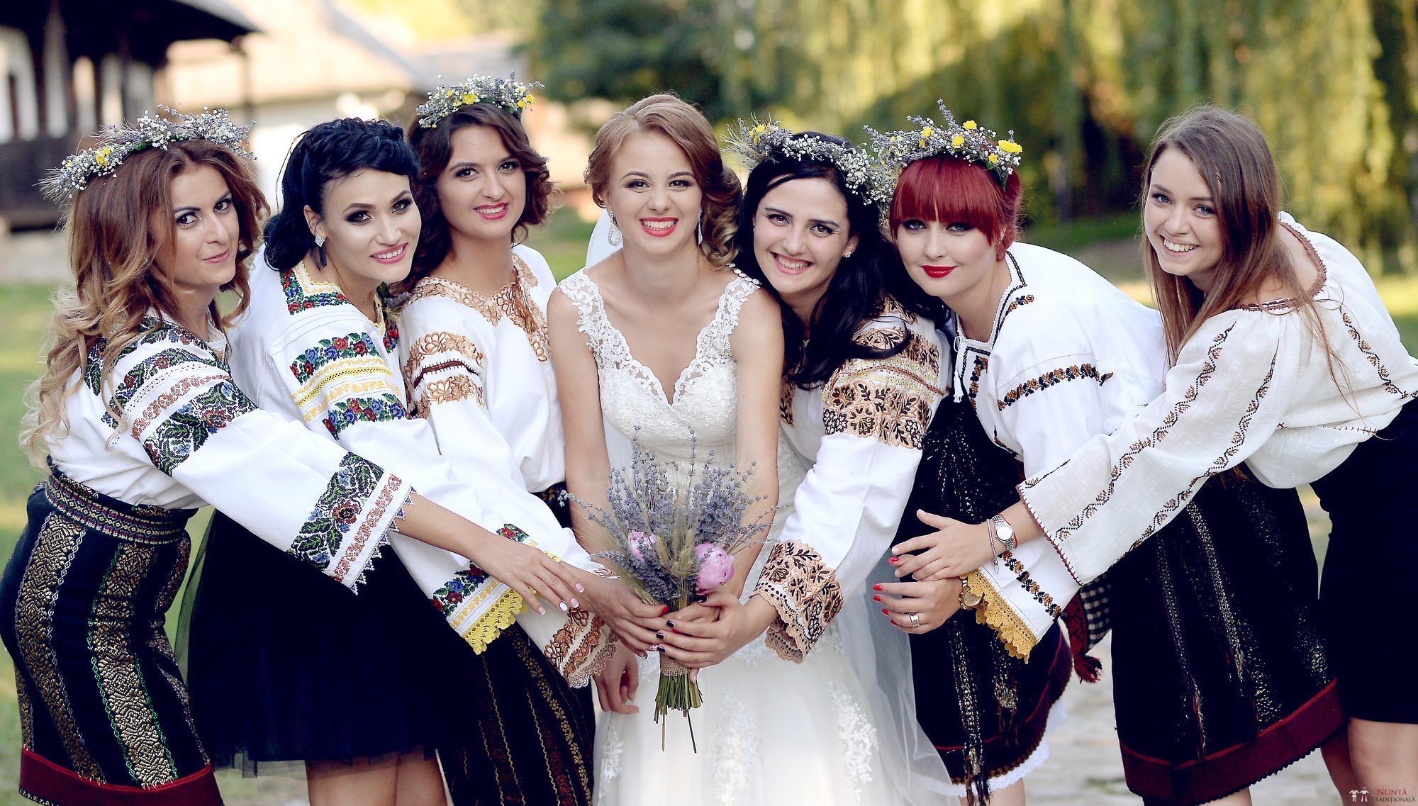 Povești Nunți Tradiționale - Iulia și Andrei. Nuntă tradițională în Bucovina. 73