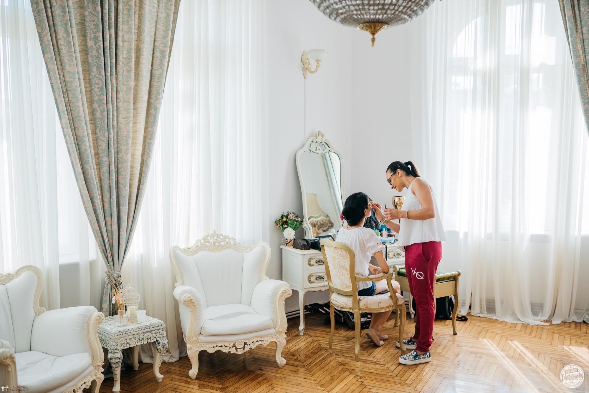 Povești Nunți Tradiționale - Georgiana și Adrian. Nuntă tradițională în București.