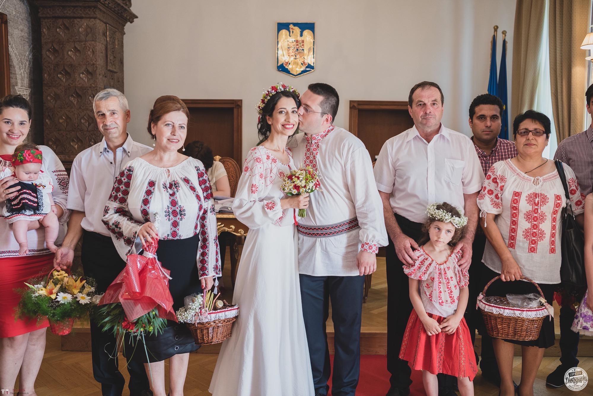 Povești Nunți Tradiționale - Georgiana și Adrian. Nuntă tradițională în București. 20