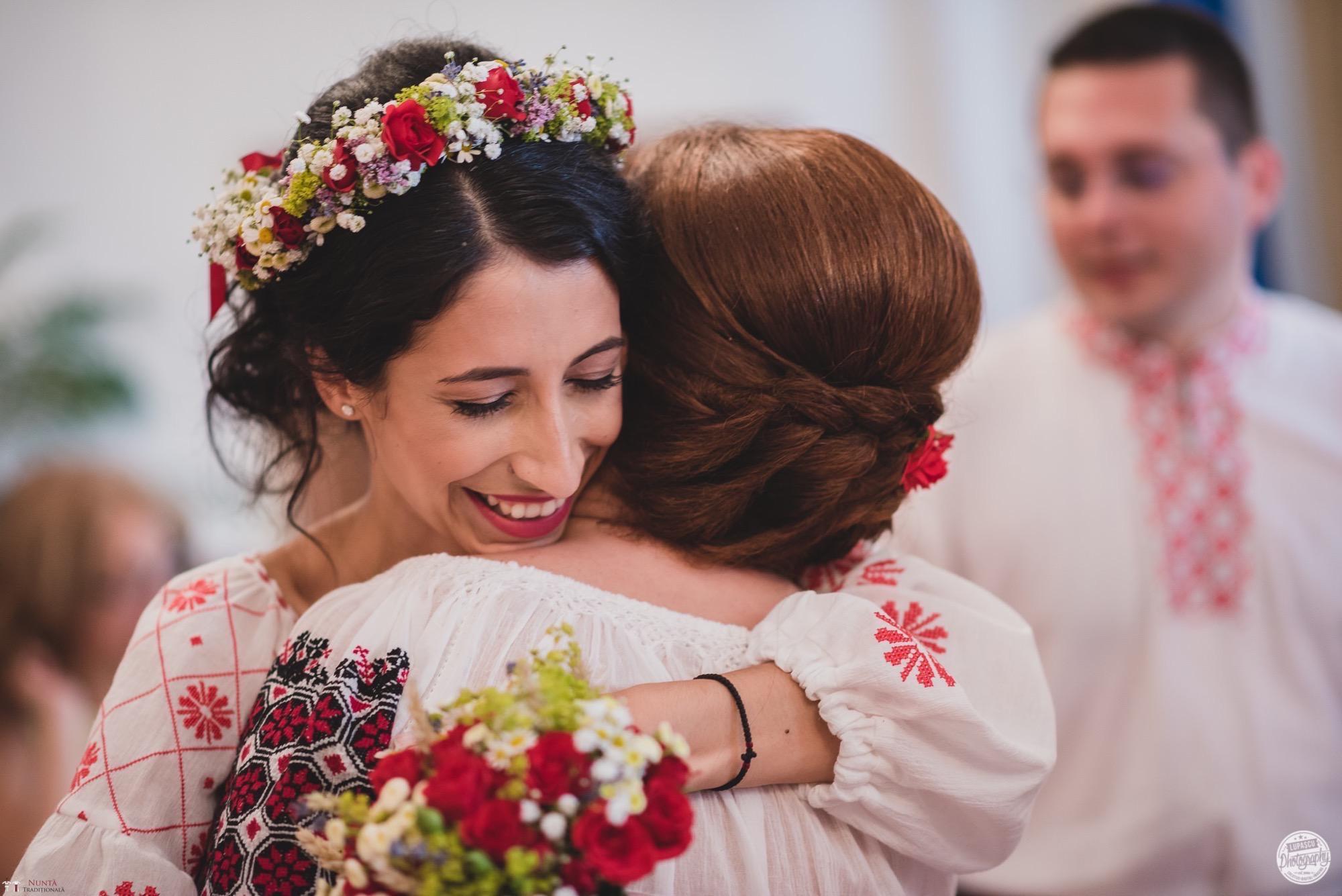 Povești Nunți Tradiționale - Georgiana și Adrian. Nuntă tradițională în București. 21