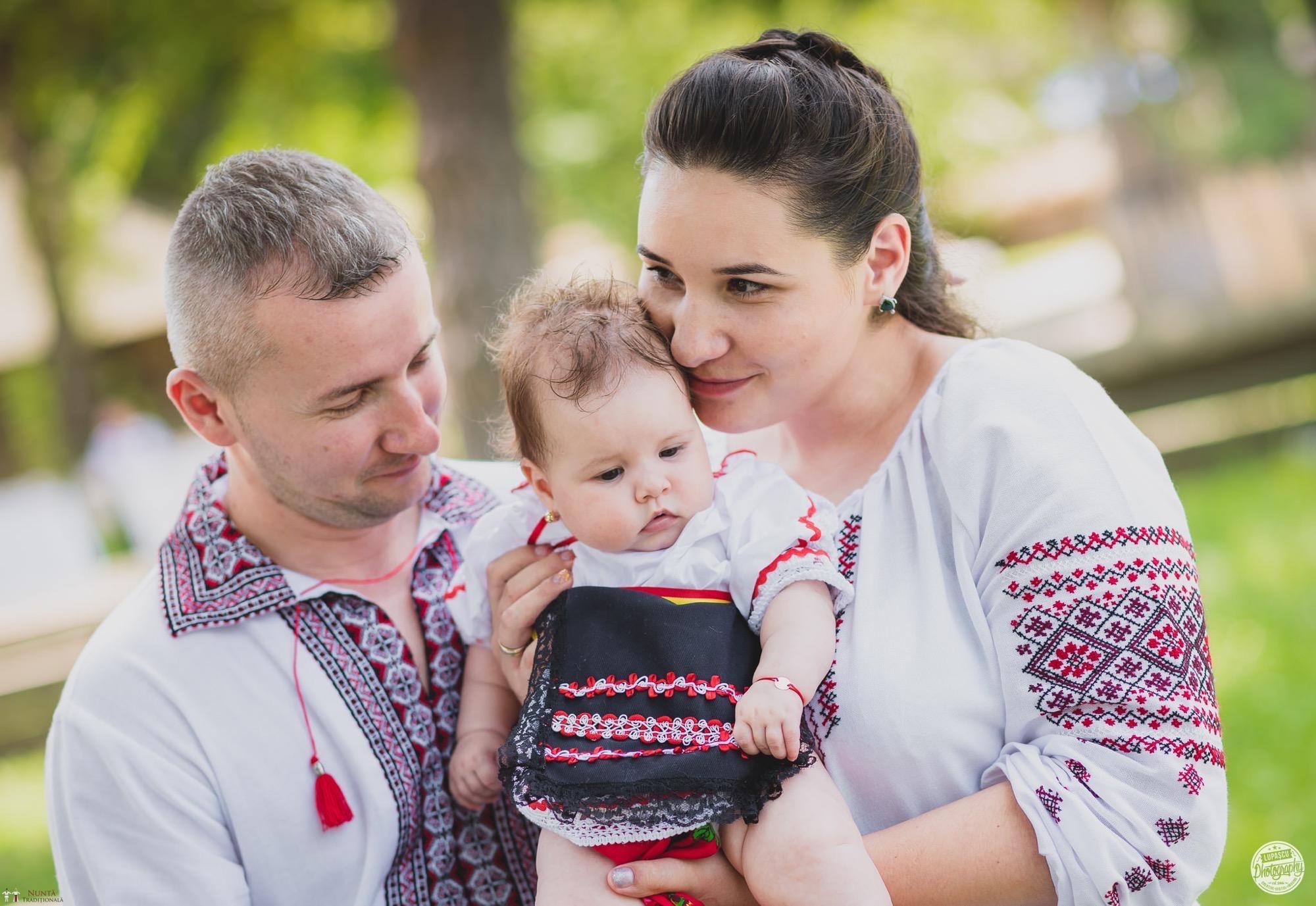 Povești Nunți Tradiționale - Georgiana și Adrian. Nuntă tradițională în București. 24