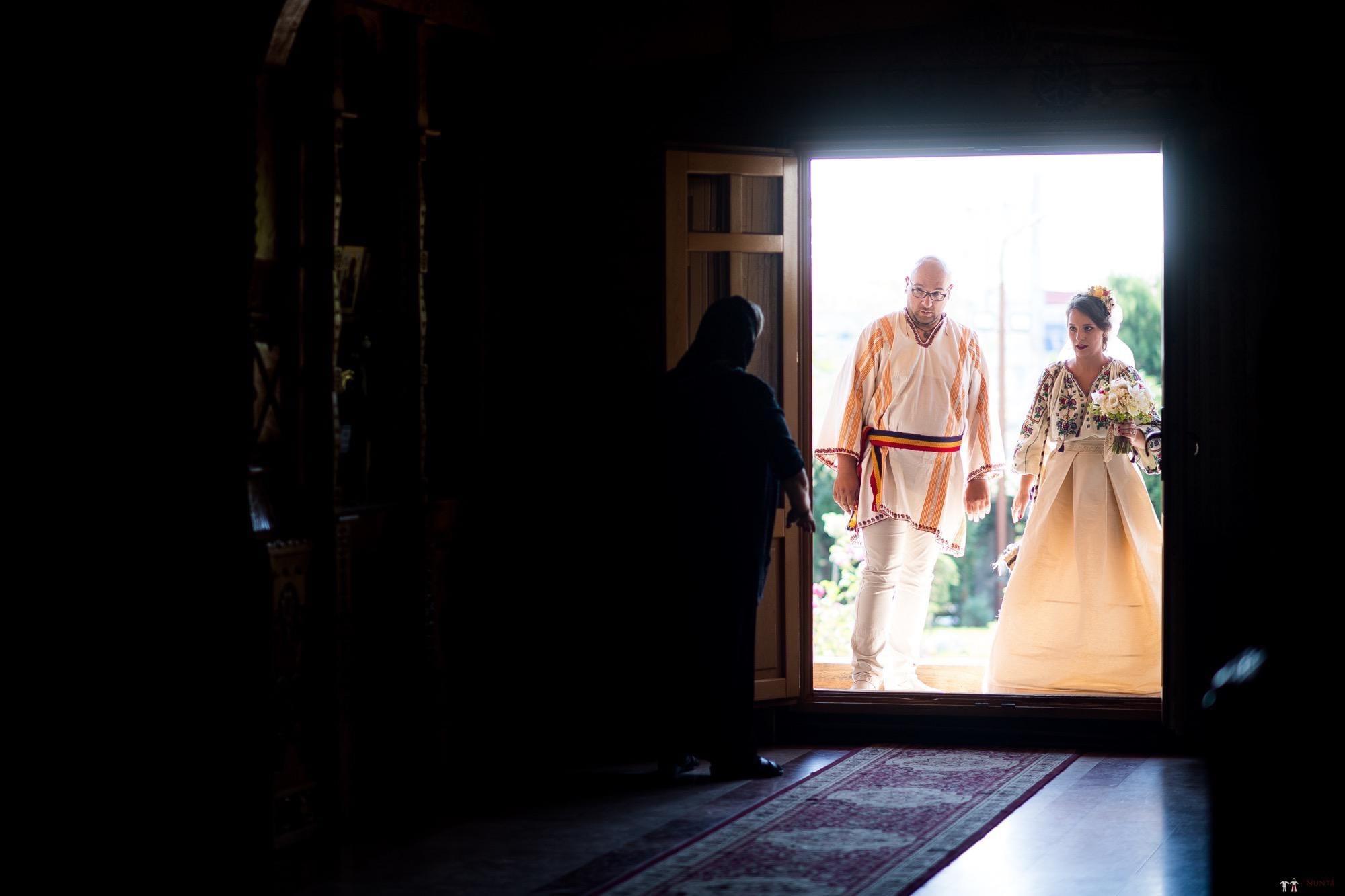 Povești Nunți Tradiționale - Ioana și Andrei. Nuntă tradițională în București. 14