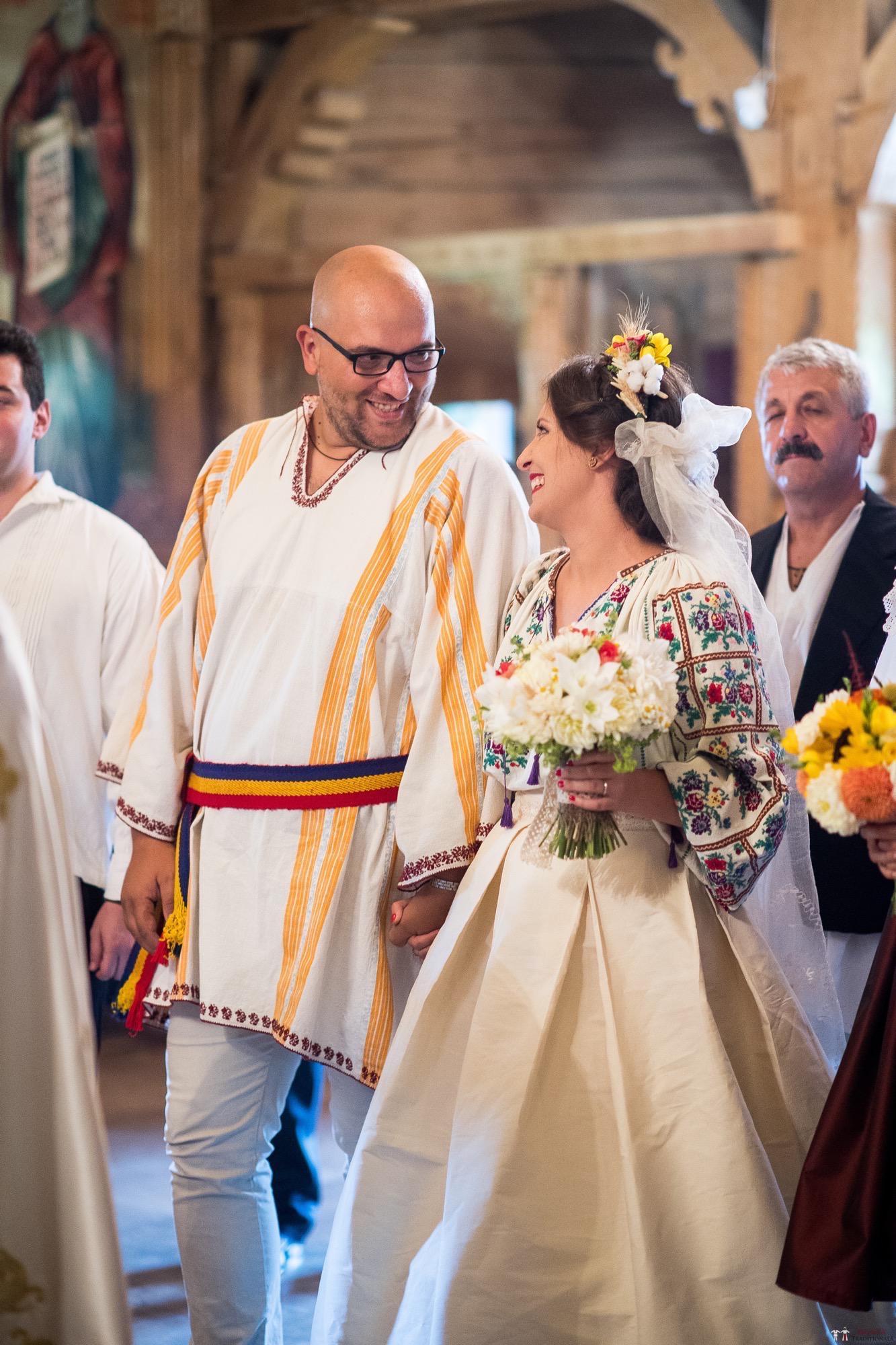 Povești Nunți Tradiționale - Ioana și Andrei. Nuntă tradițională în București. 15