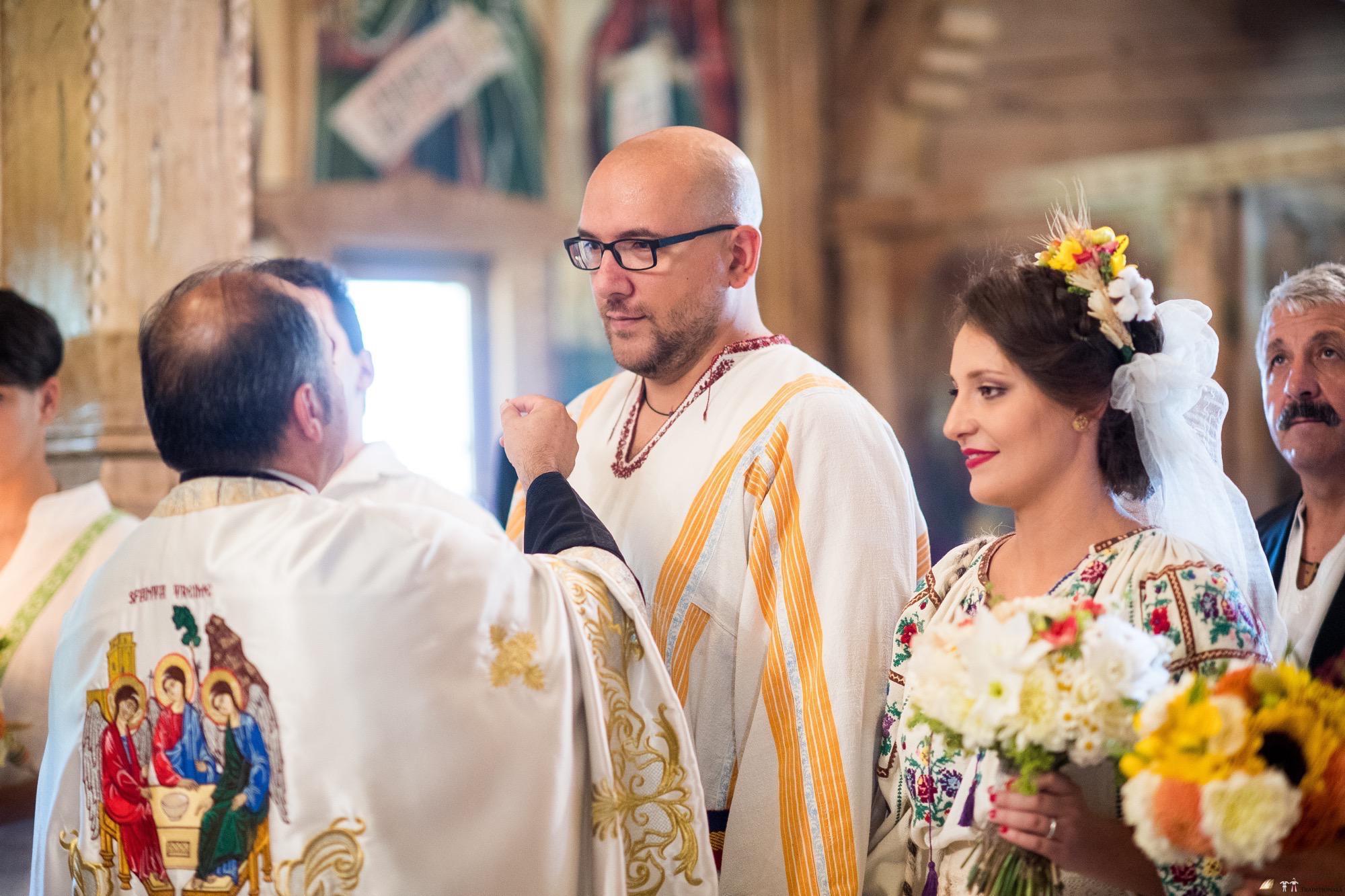 Povești Nunți Tradiționale - Ioana și Andrei. Nuntă tradițională în București. 18