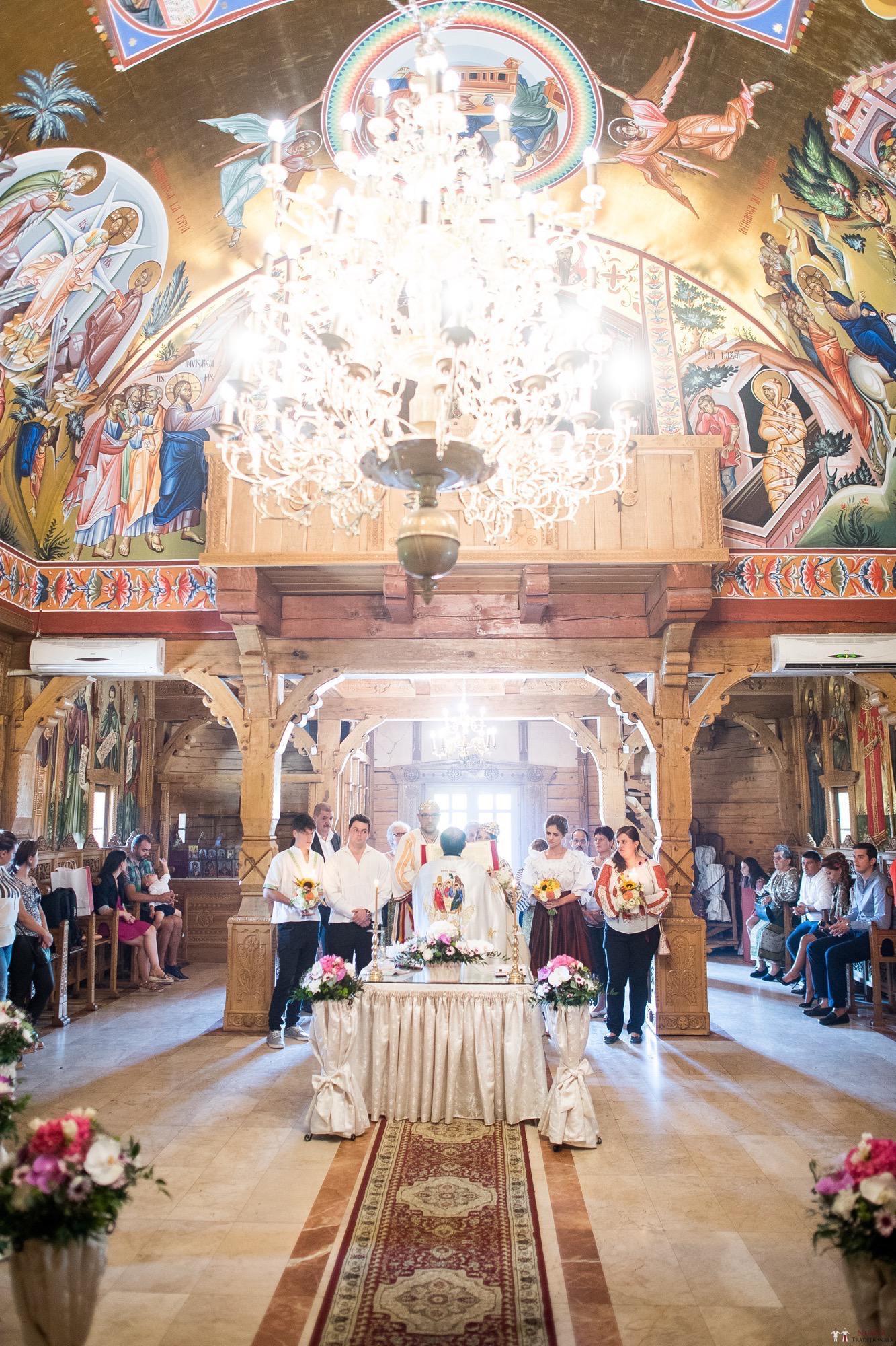 Povești Nunți Tradiționale - Ioana și Andrei. Nuntă tradițională în București. 23