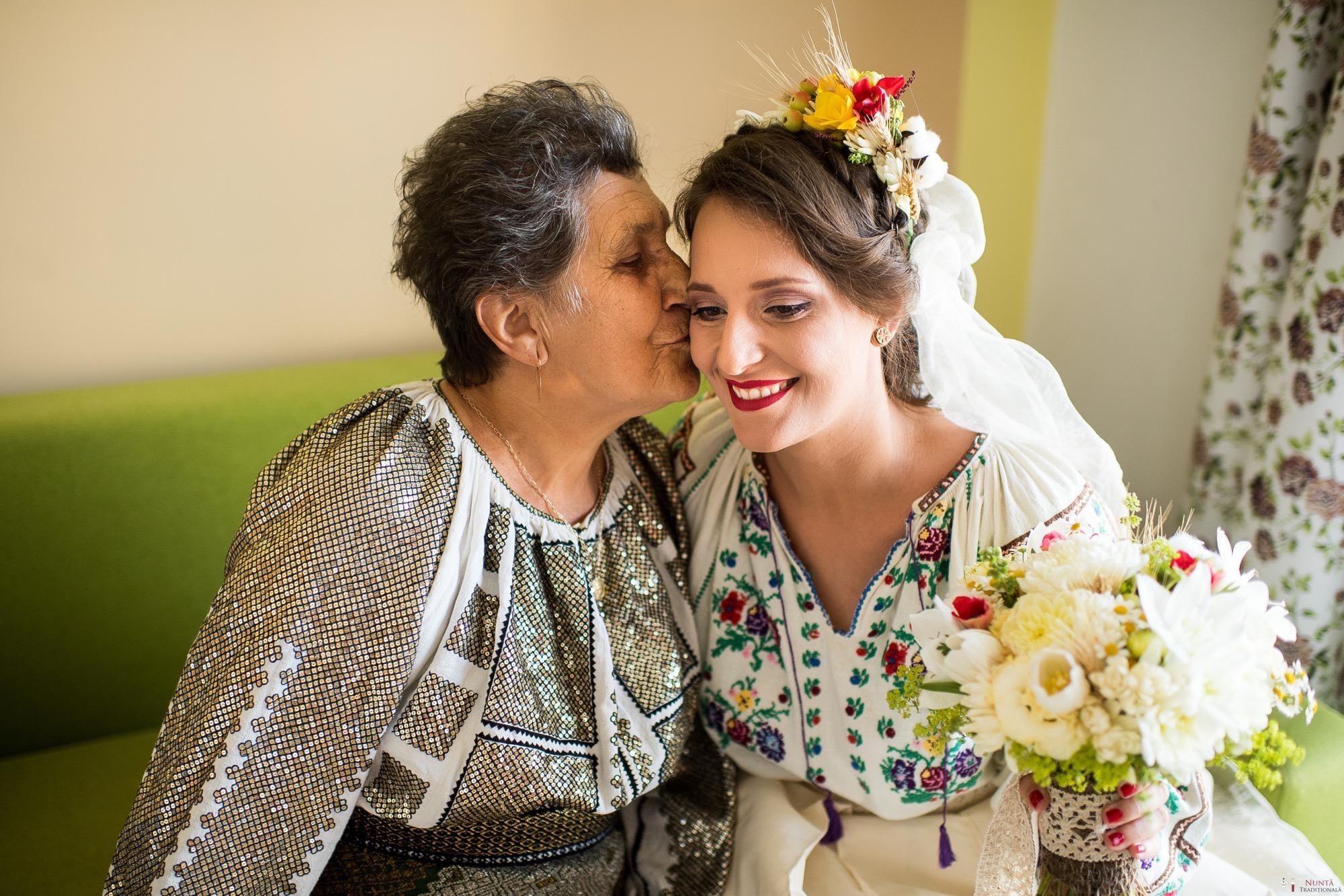 Povești Nunți Tradiționale - Ioana și Andrei. Nuntă tradițională în București. 8
