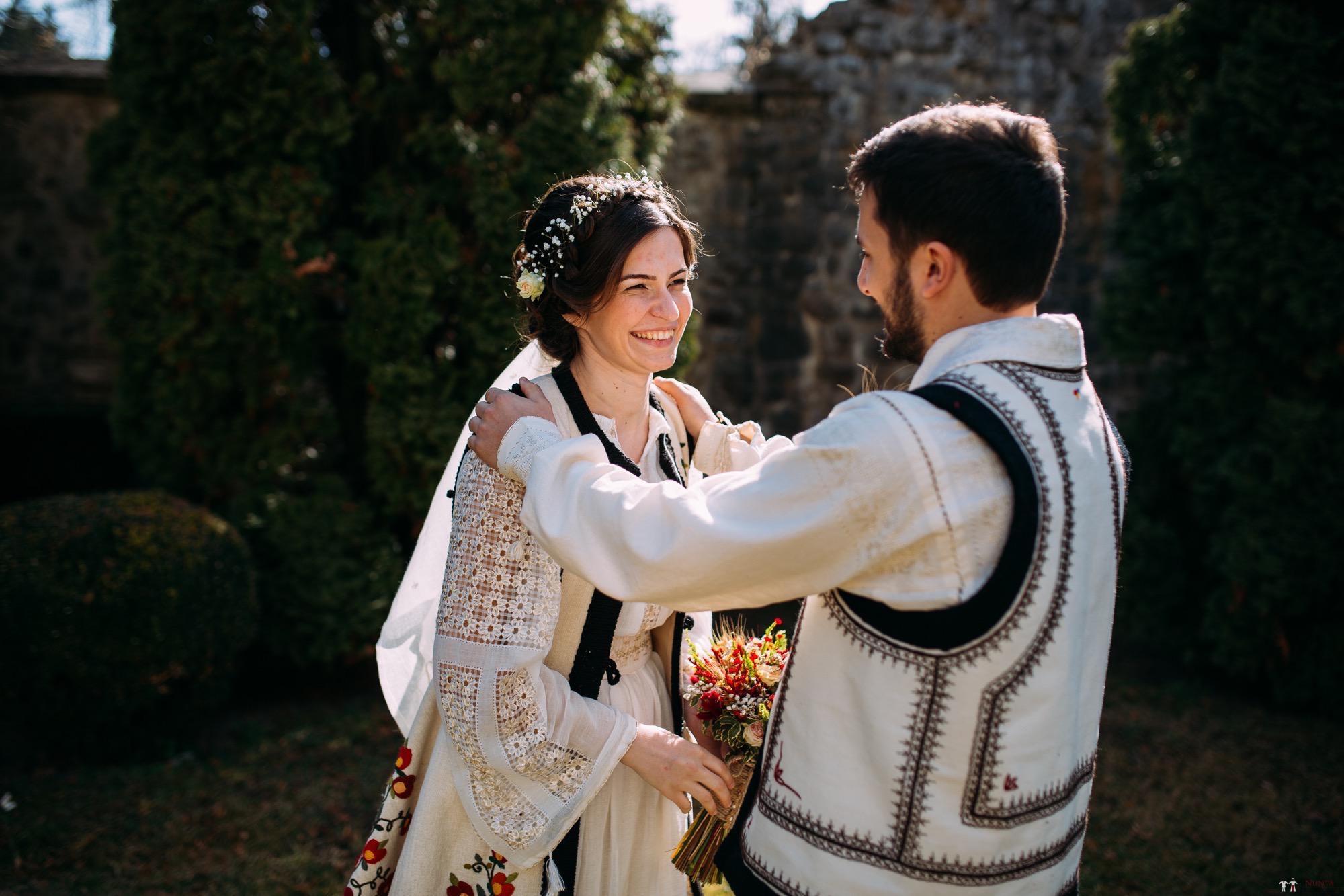Povești Nunți Tradiționale - Gabriela și Adrian. Nuntă tradițională în Piatra Neamț 9
