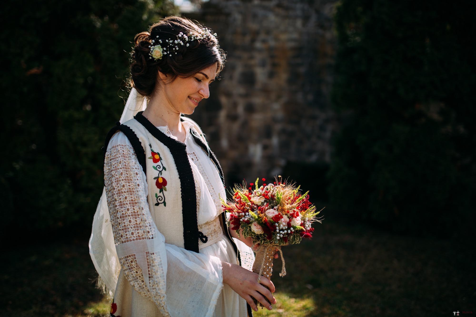 Povești Nunți Tradiționale - Gabriela și Adrian. Nuntă tradițională în Piatra Neamț 11
