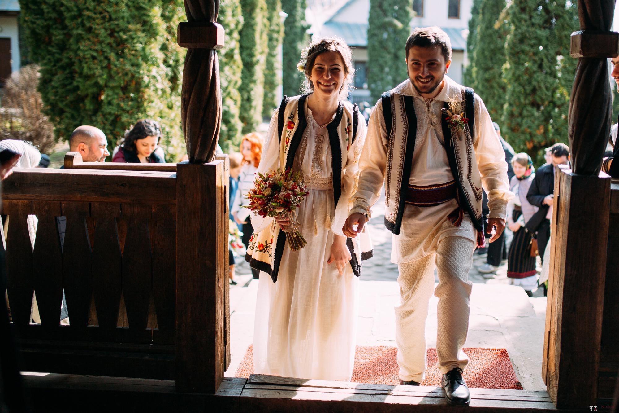 Povești Nunți Tradiționale - Gabriela și Adrian. Nuntă tradițională în Piatra Neamț 12