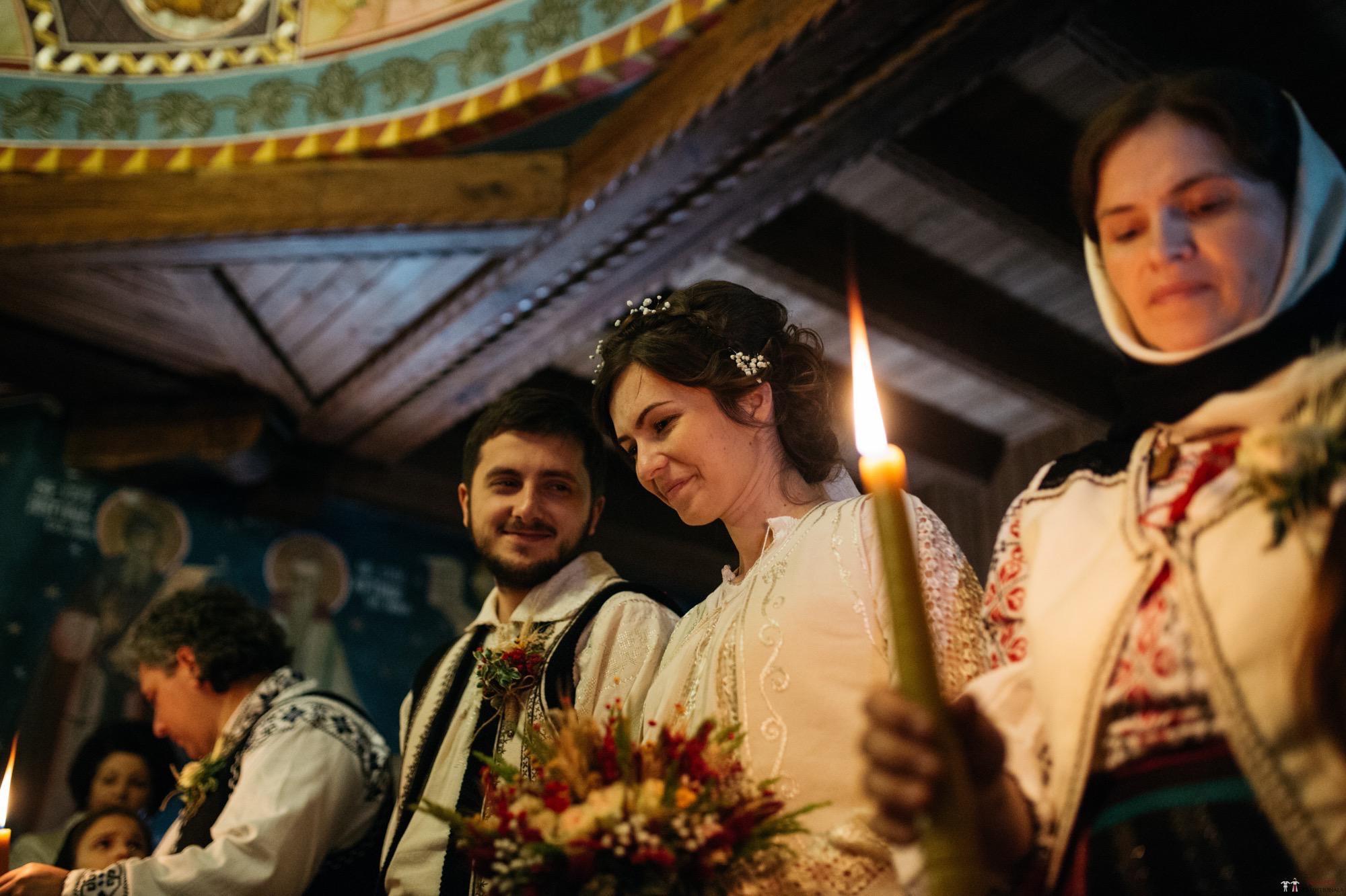 Povești Nunți Tradiționale - Gabriela și Adrian. Nuntă tradițională în Piatra Neamț 18