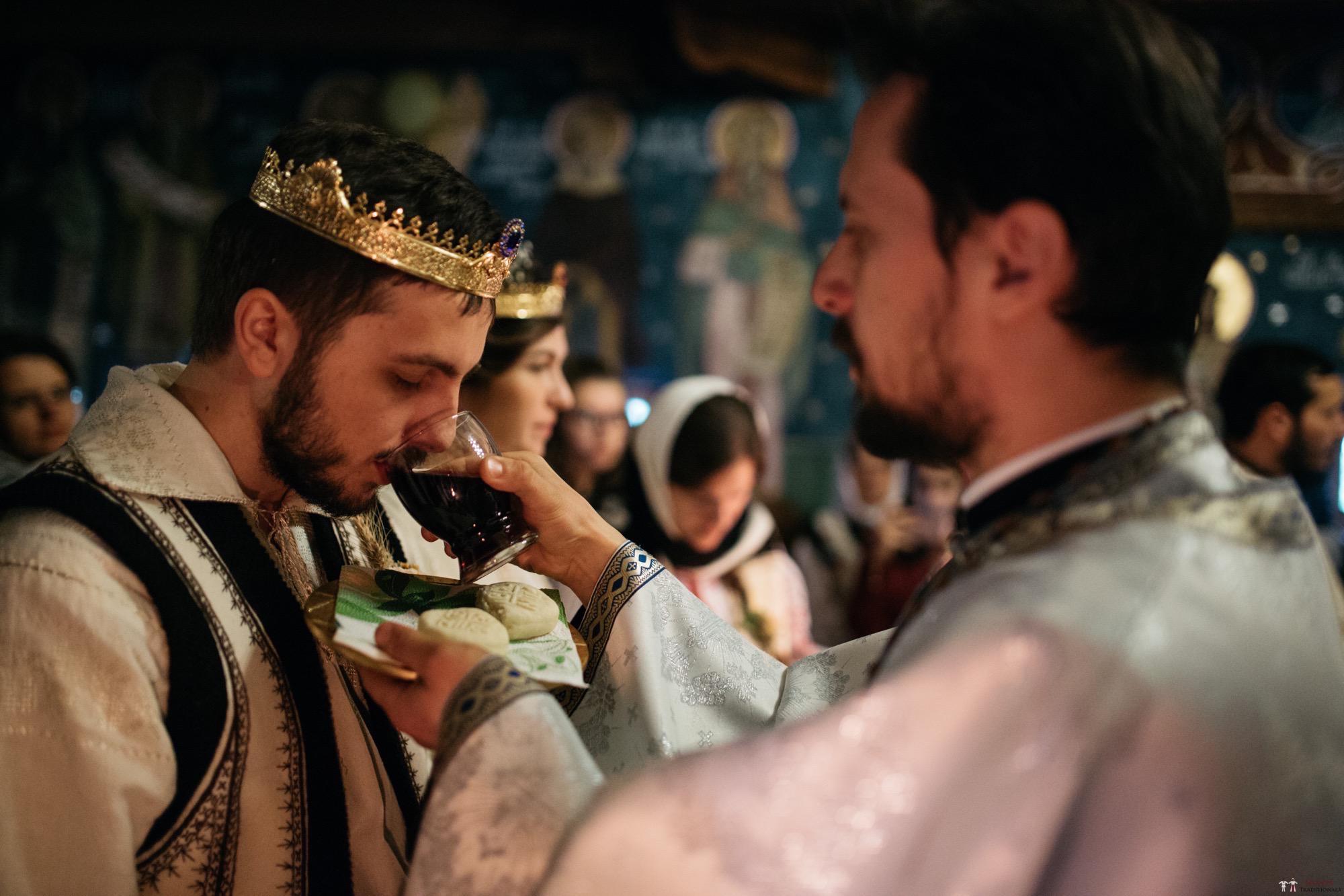 Povești Nunți Tradiționale - Gabriela și Adrian. Nuntă tradițională în Piatra Neamț 25