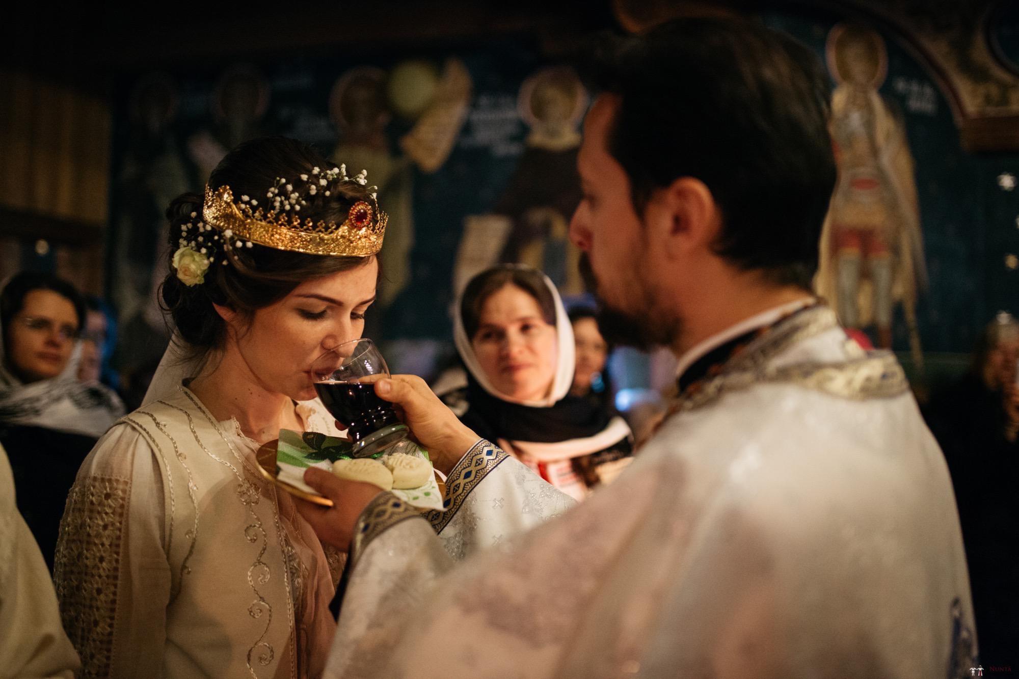 Povești Nunți Tradiționale - Gabriela și Adrian. Nuntă tradițională în Piatra Neamț 26