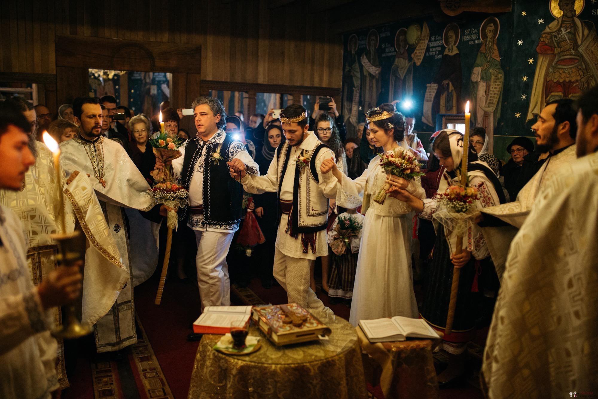Povești Nunți Tradiționale - Gabriela și Adrian. Nuntă tradițională în Piatra Neamț 27
