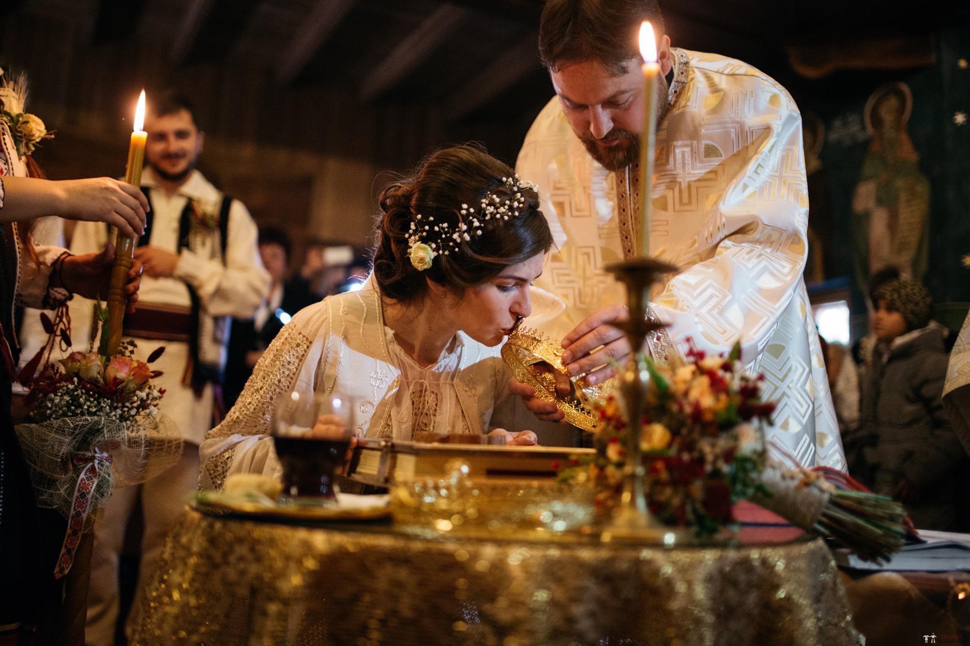 Povești Nunți Tradiționale - Gabriela și Adrian. Nuntă tradițională în Piatra Neamț 29