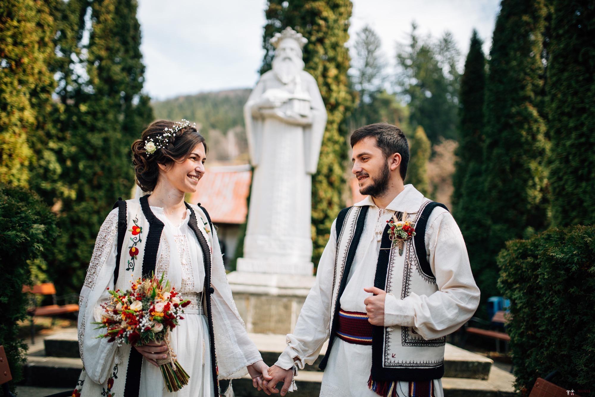 Povești Nunți Tradiționale - Gabriela și Adrian. Nuntă tradițională în Piatra Neamț 3