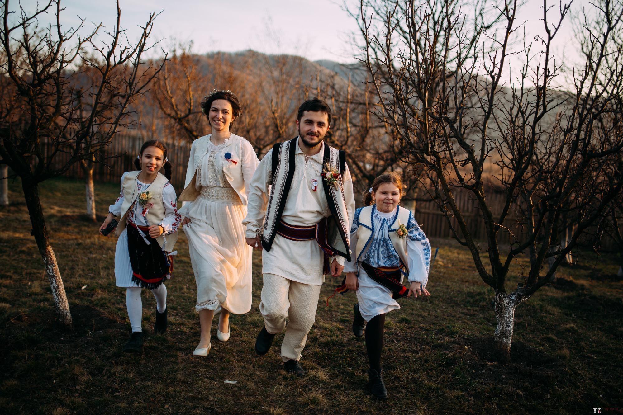 Povești Nunți Tradiționale - Gabriela și Adrian. Nuntă tradițională în Piatra Neamț 46
