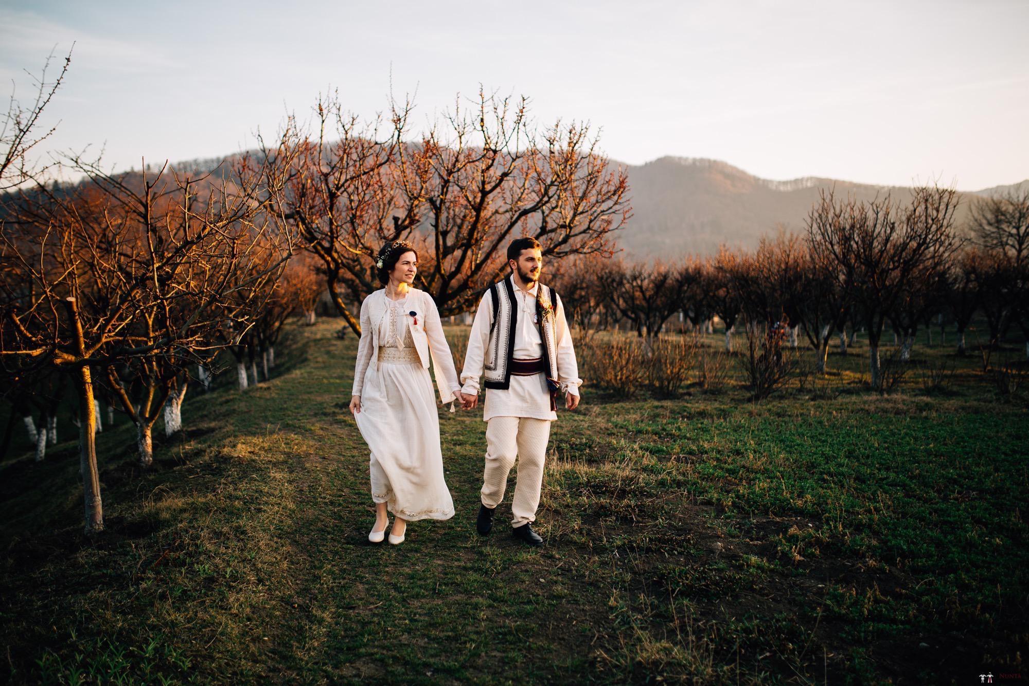 Povești Nunți Tradiționale - Gabriela și Adrian. Nuntă tradițională în Piatra Neamț 48