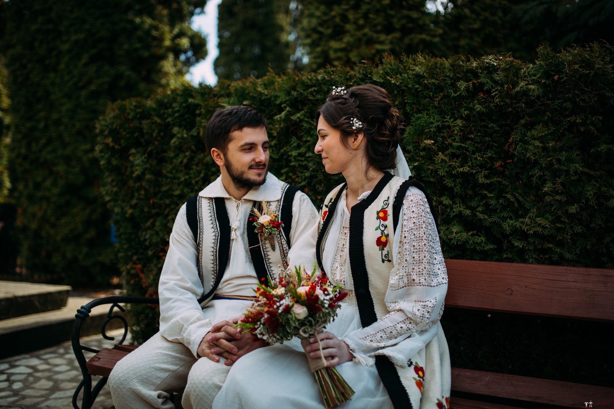 Povești Nunți Tradiționale - Gabriela și Adrian. Nuntă tradițională în Piatra Neamț 4