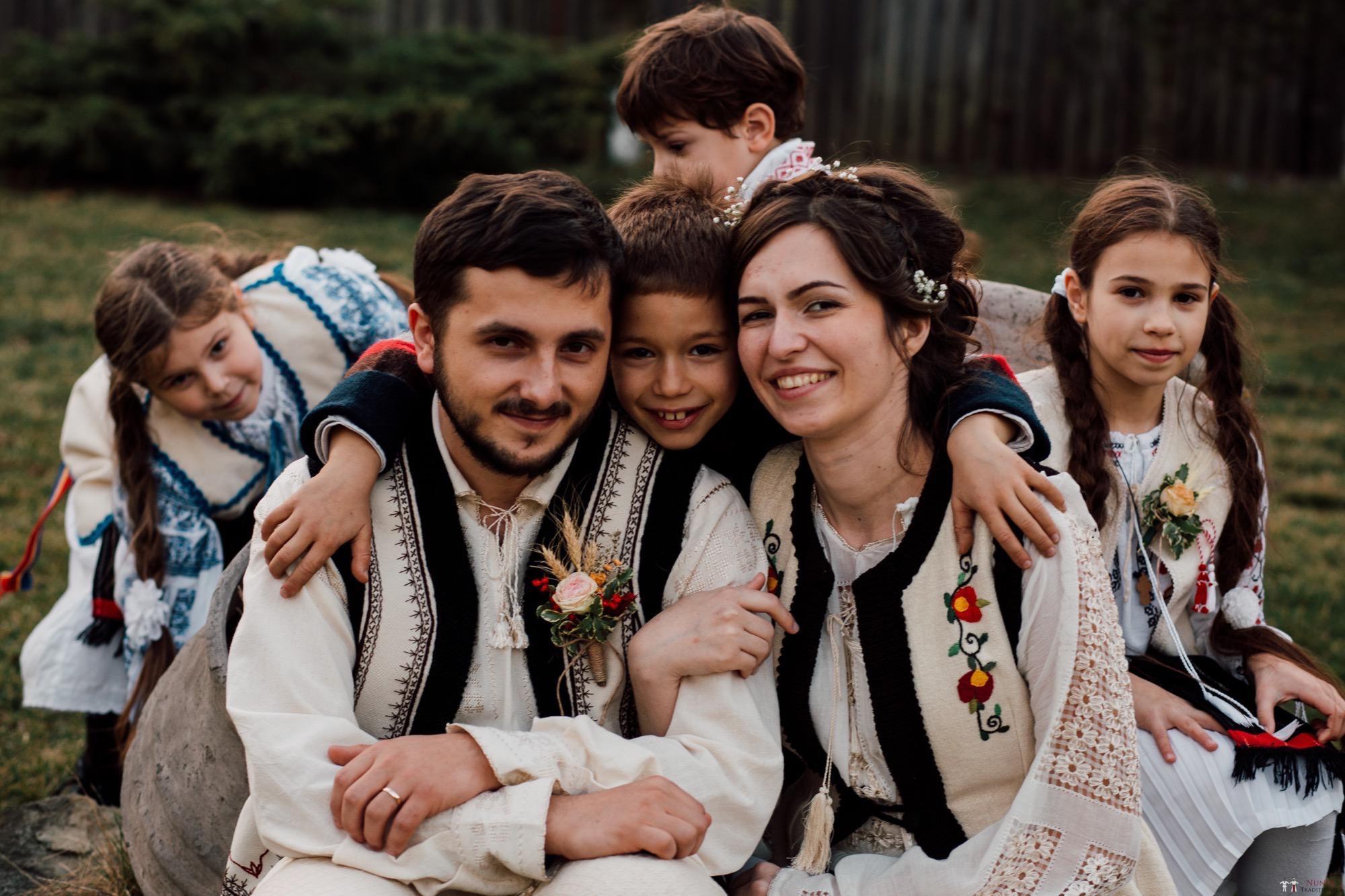 Povești Nunți Tradiționale - Gabriela și Adrian. Nuntă tradițională în Piatra Neamț 49