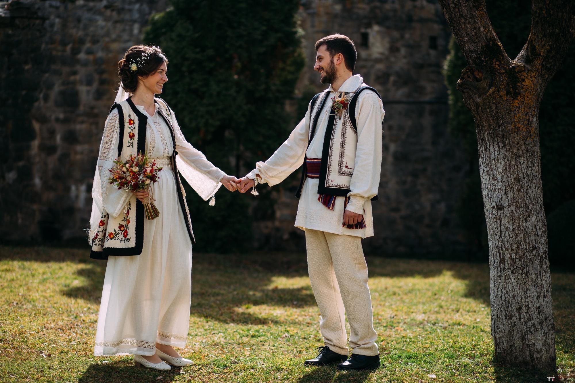 Povești Nunți Tradiționale - Gabriela și Adrian. Nuntă tradițională în Piatra Neamț 6