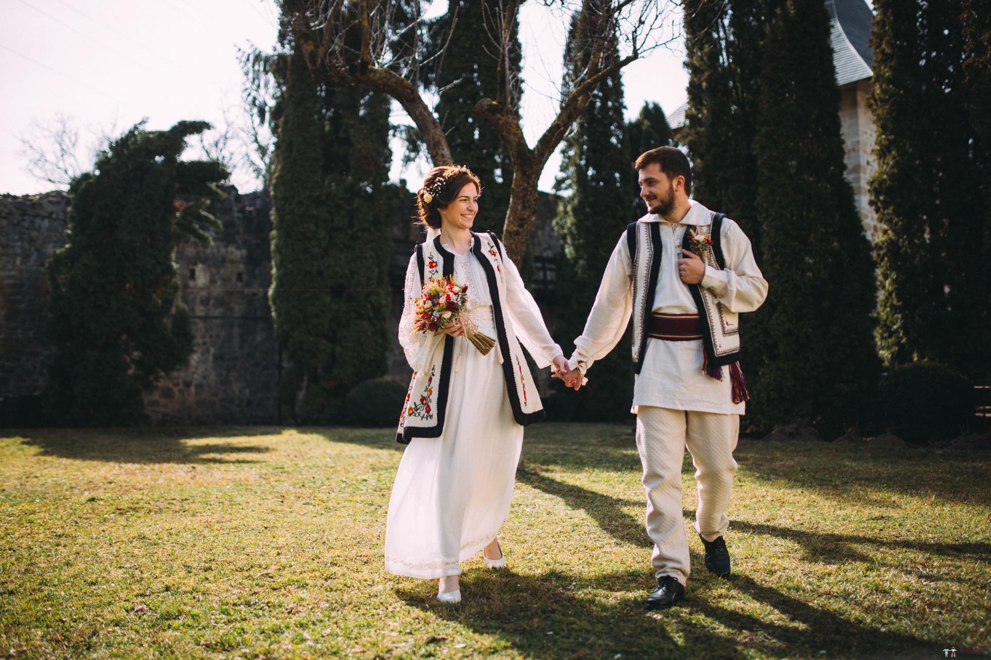 Povești Nunți Tradiționale - Gabriela și Adrian. Nuntă tradițională în Piatra Neamț 8