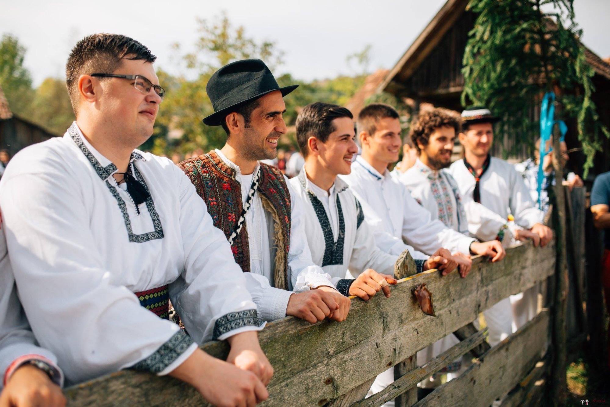 Povești Nunți Tradiționale - Andreea și Sergiu. Nuntă tradițională în Alba-Iulia 17
