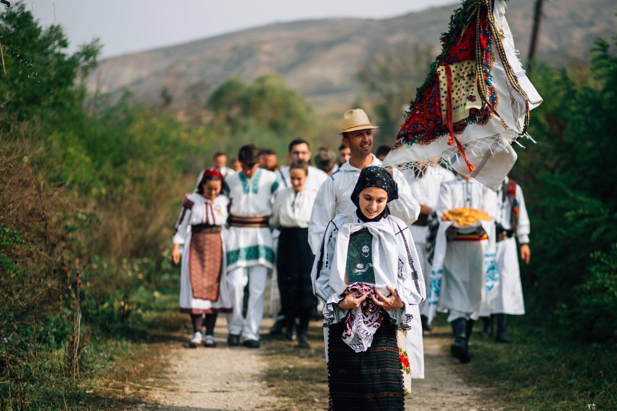 Povești Nunți Tradiționale - Andreea și Sergiu. Nuntă tradițională în Alba-Iulia 1