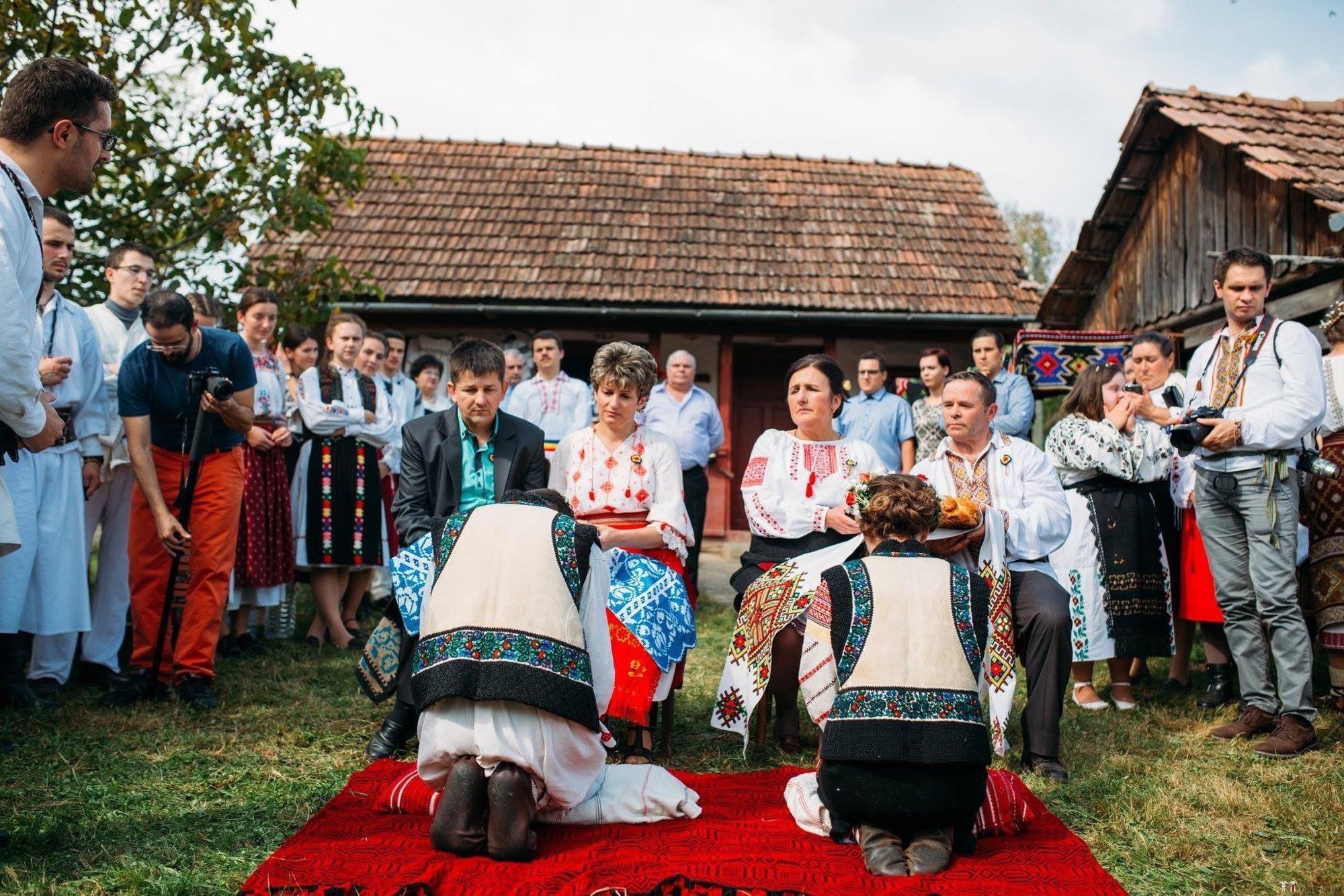 Povești Nunți Tradiționale - Andreea și Sergiu. Nuntă tradițională în Alba-Iulia 19