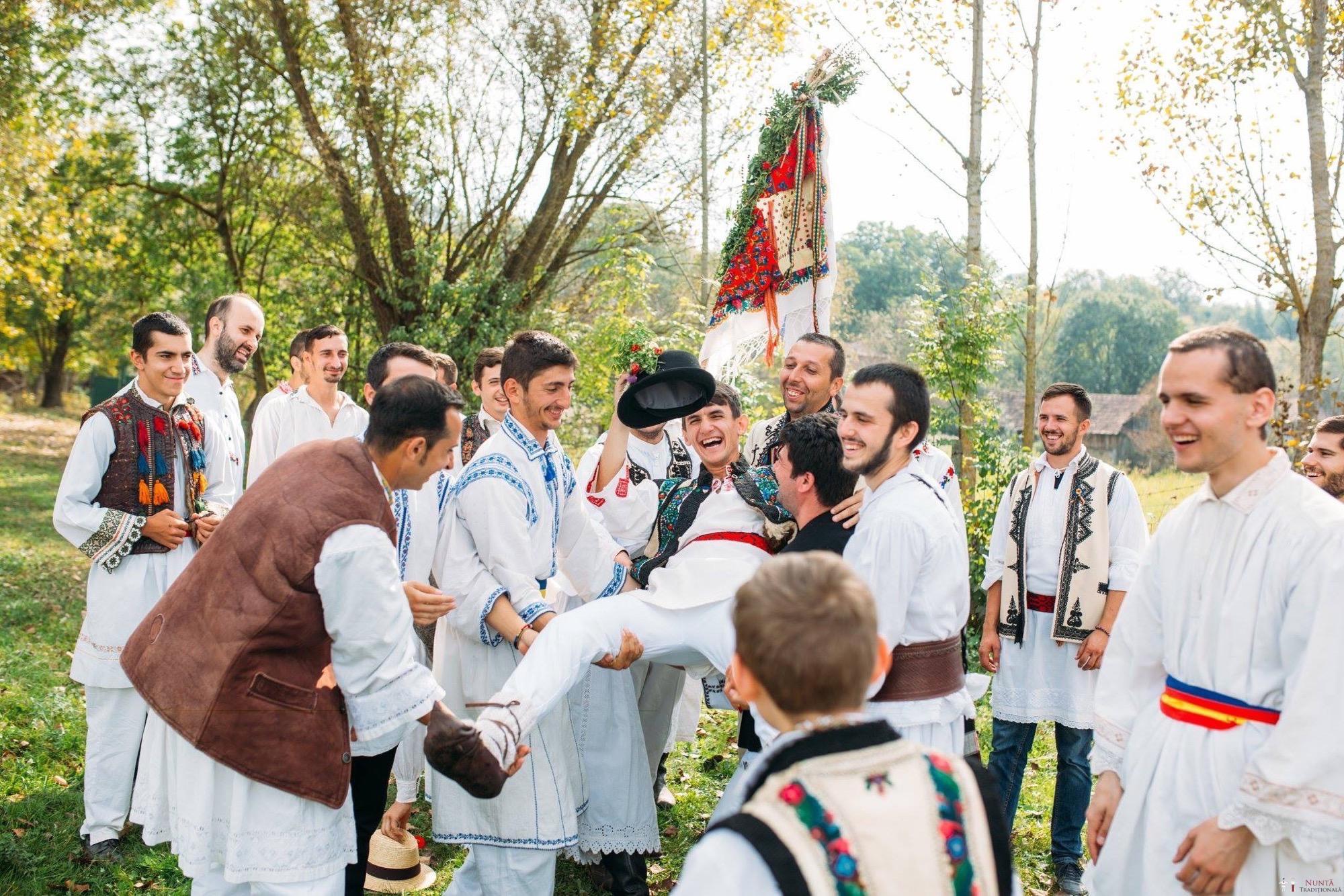 Povești Nunți Tradiționale - Andreea și Sergiu. Nuntă tradițională în Alba-Iulia 21