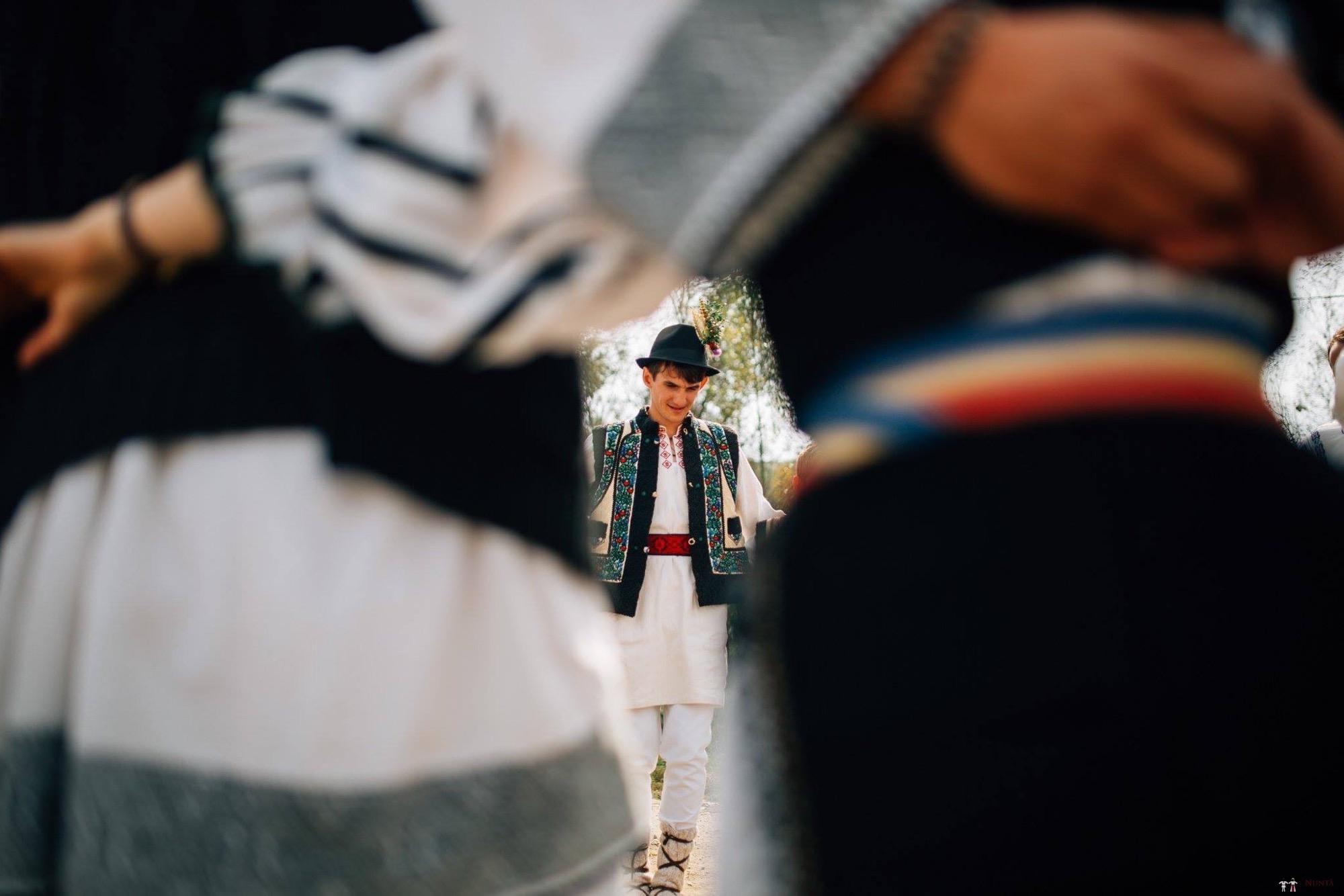 Povești Nunți Tradiționale - Andreea și Sergiu. Nuntă tradițională în Alba-Iulia 24