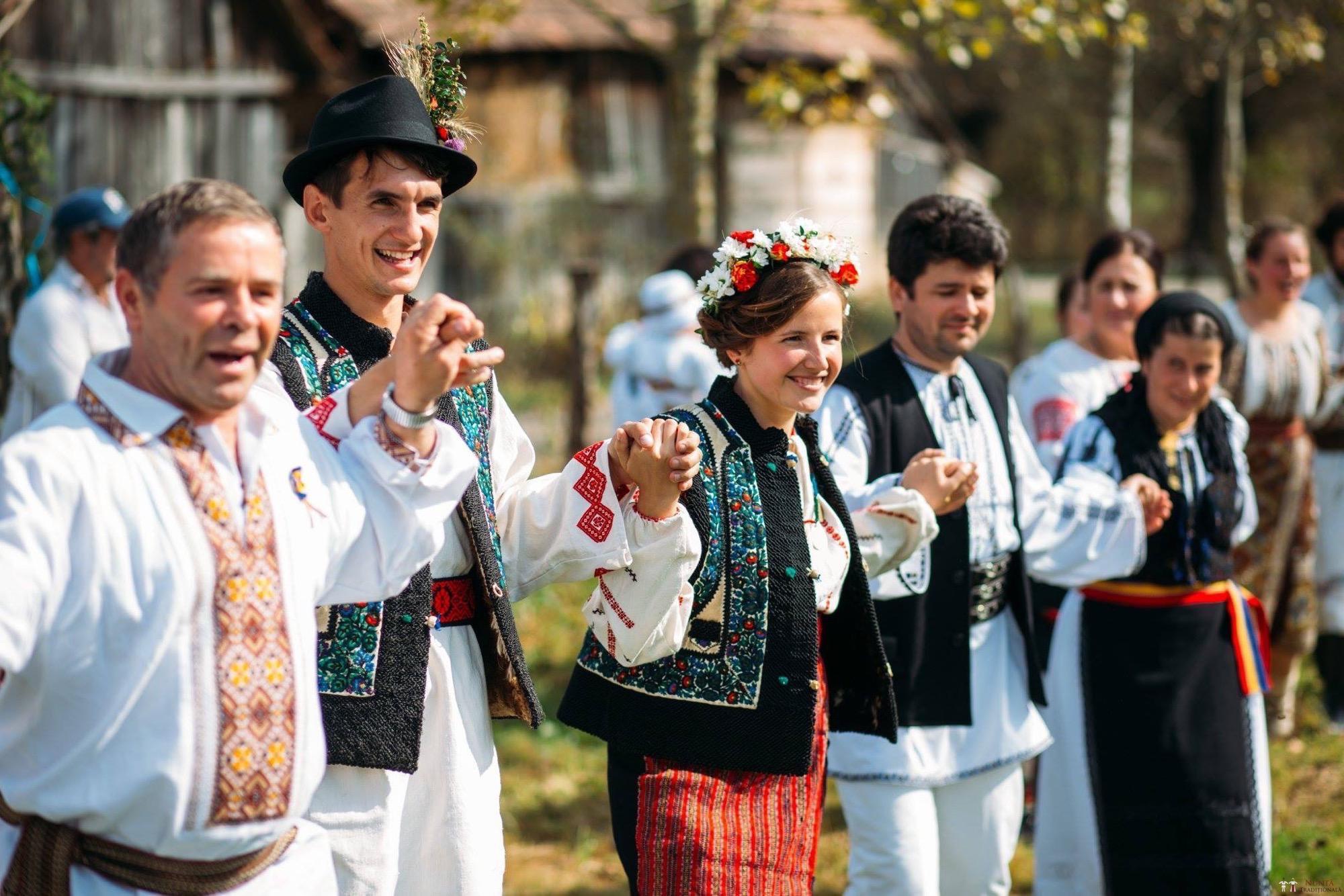 Povești Nunți Tradiționale - Andreea și Sergiu. Nuntă tradițională în Alba-Iulia 25