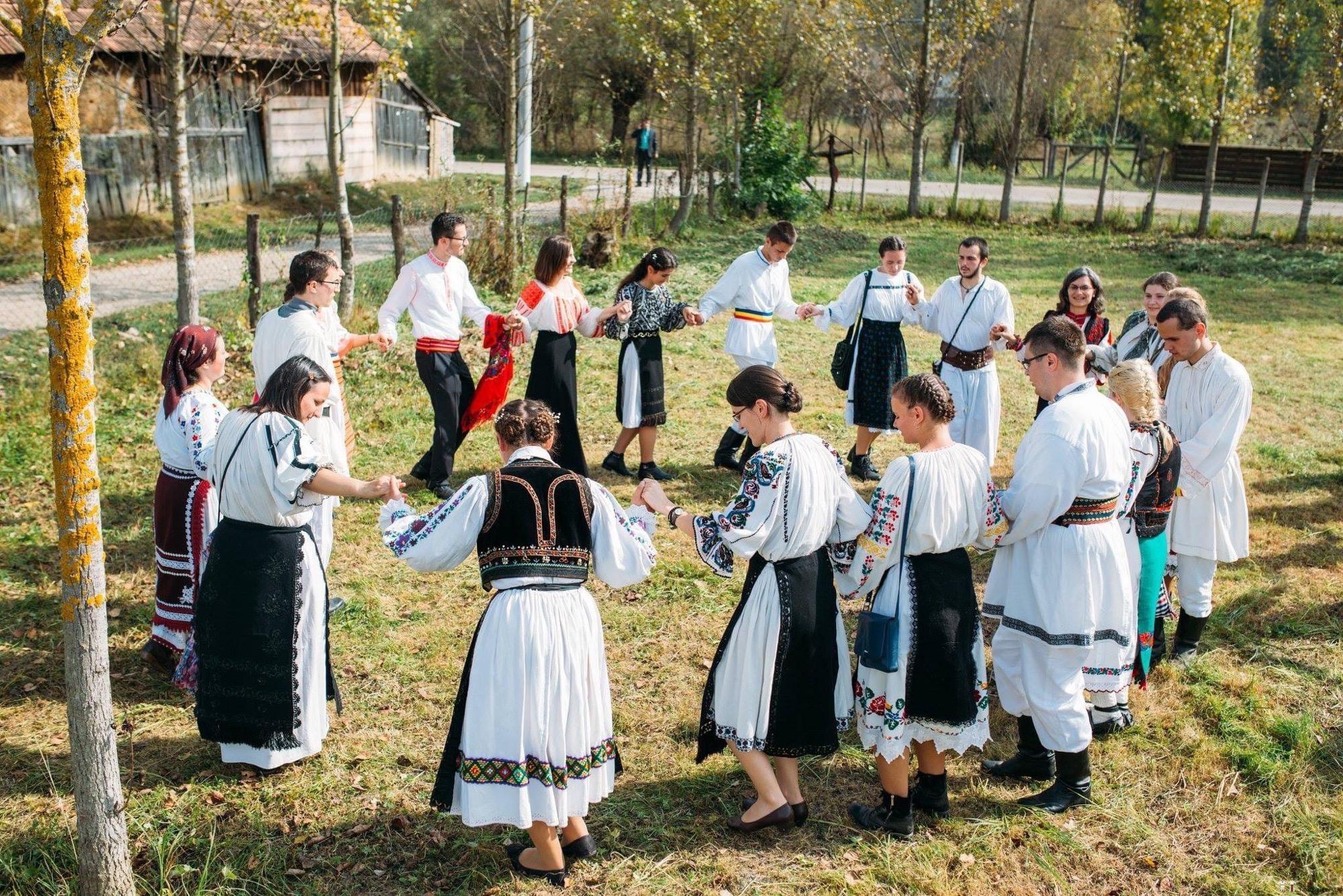 Povești Nunți Tradiționale - Andreea și Sergiu. Nuntă tradițională în Alba-Iulia 26