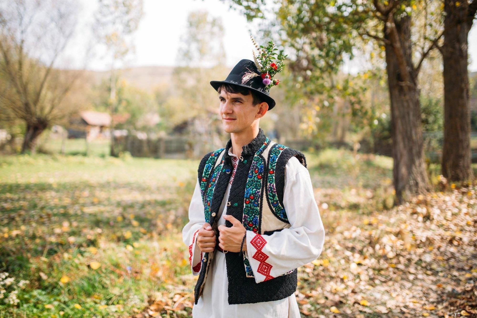 Povești Nunți Tradiționale - Andreea și Sergiu. Nuntă tradițională în Alba-Iulia 2