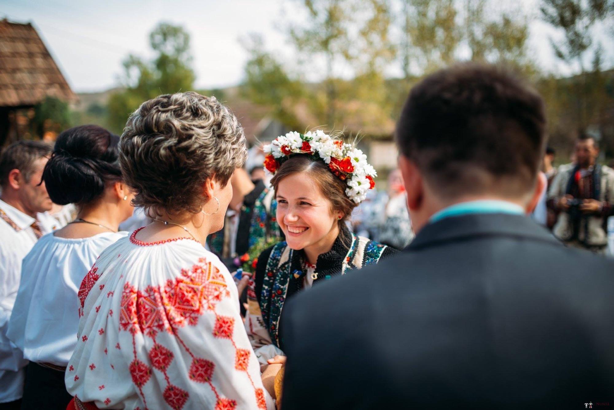 Povești Nunți Tradiționale - Andreea și Sergiu. Nuntă tradițională în Alba-Iulia 29