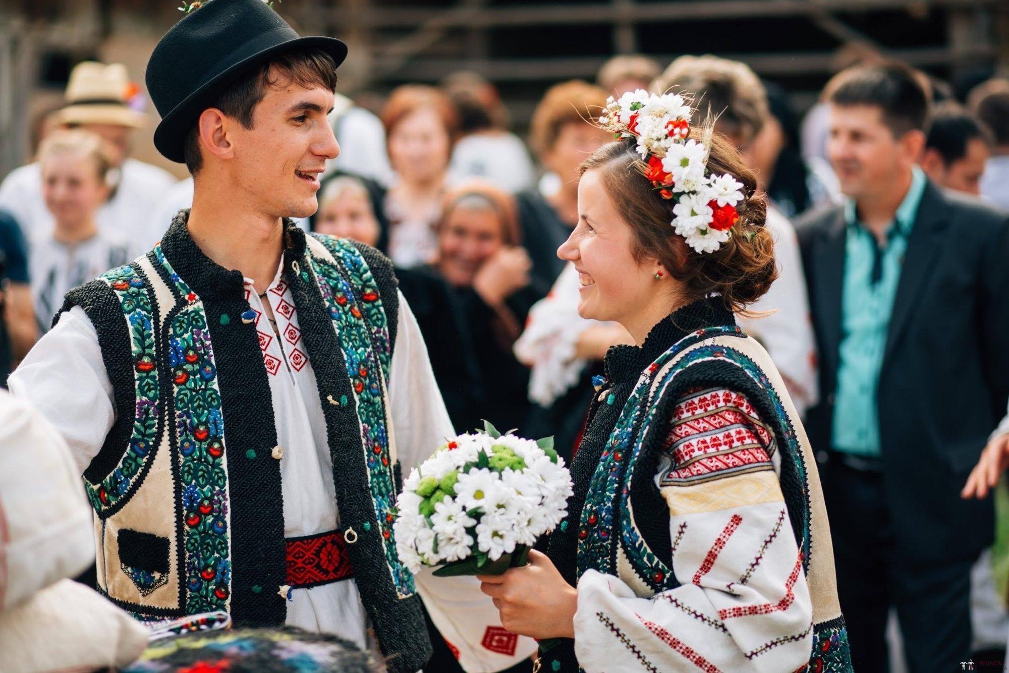 Povești Nunți Tradiționale - Andreea și Sergiu. Nuntă tradițională în Alba-Iulia 32