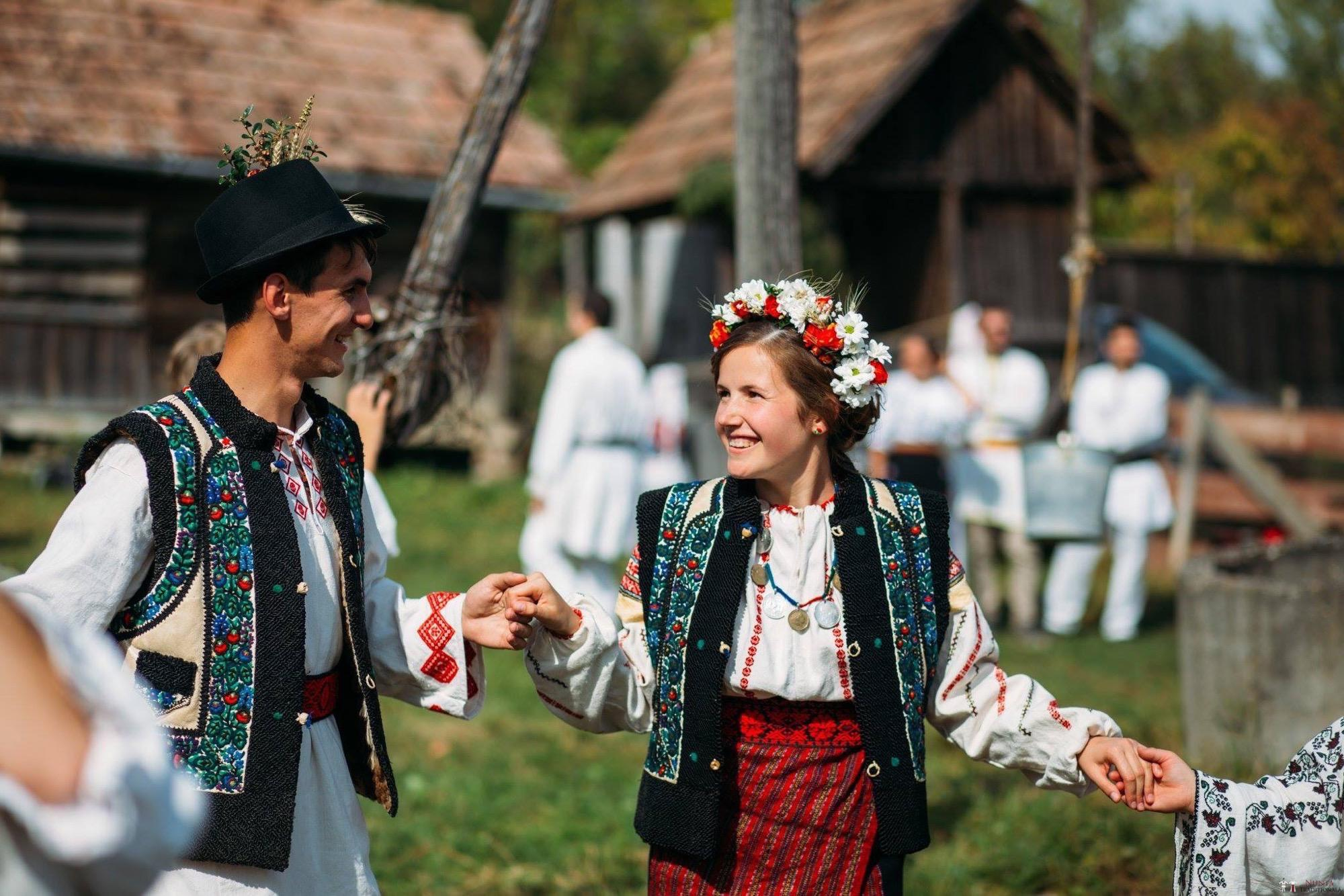 Povești Nunți Tradiționale - Andreea și Sergiu. Nuntă tradițională în Alba-Iulia 34