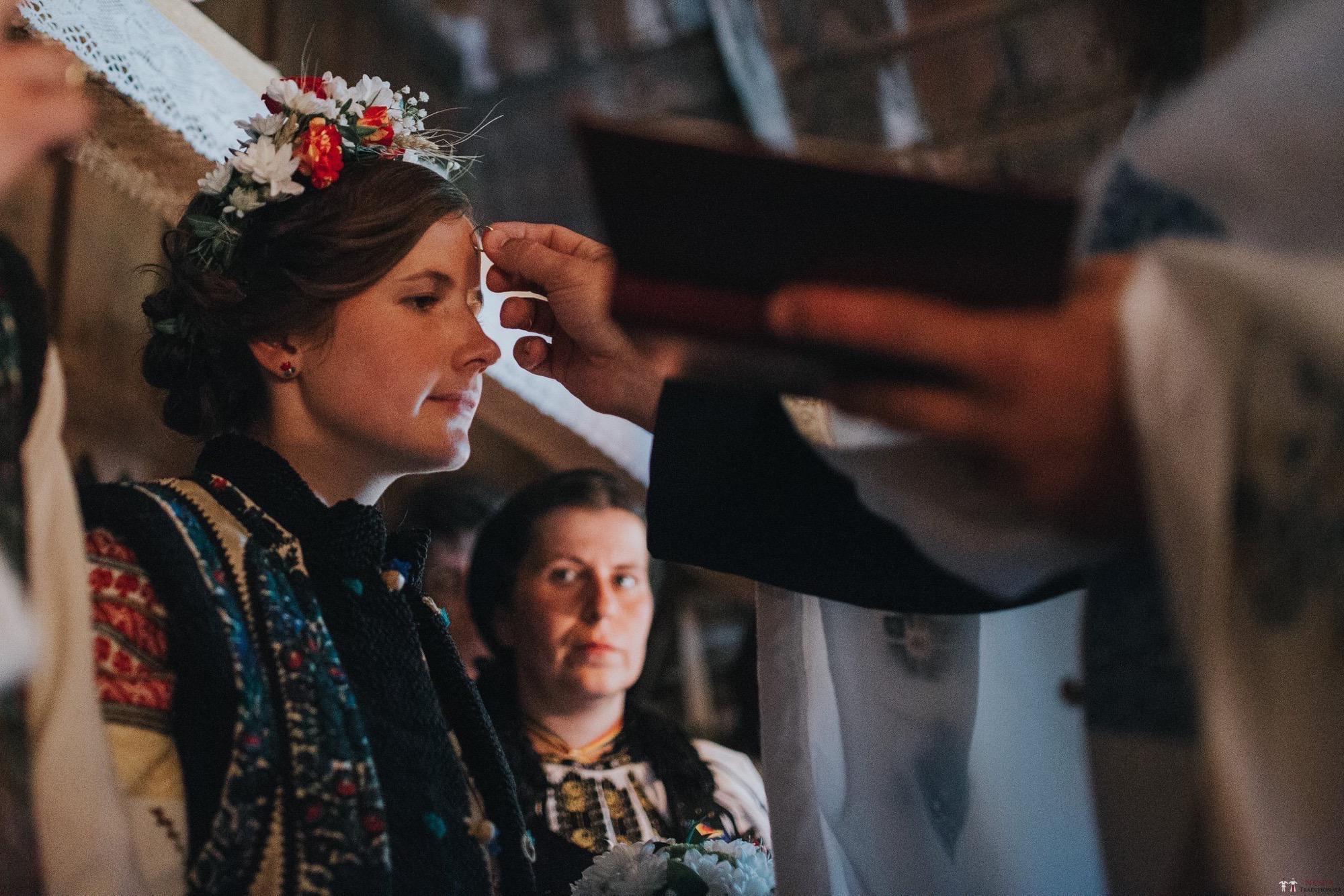Povești Nunți Tradiționale - Andreea și Sergiu. Nuntă tradițională în Alba-Iulia 3
