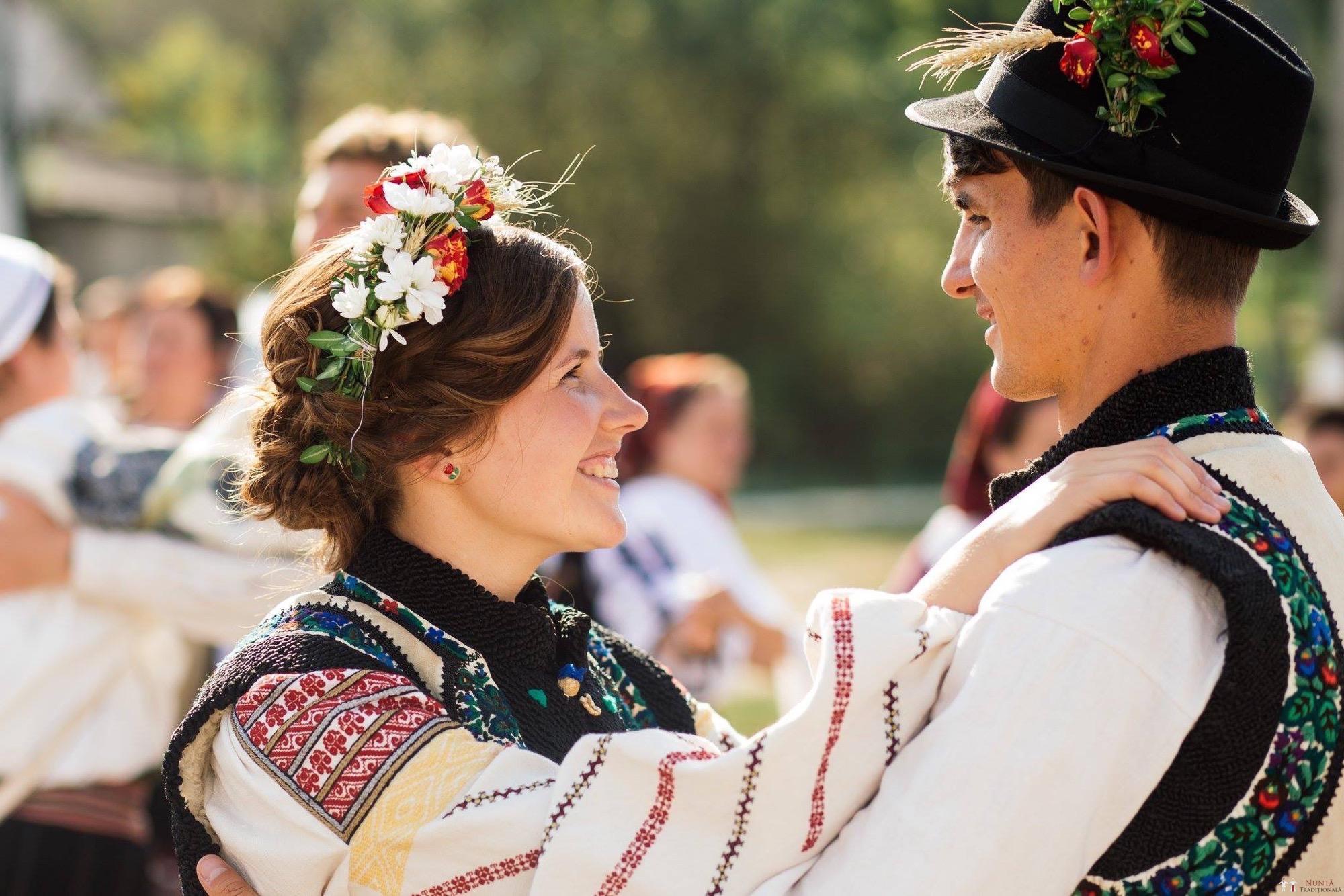 Povești Nunți Tradiționale - Andreea și Sergiu. Nuntă tradițională în Alba-Iulia 43