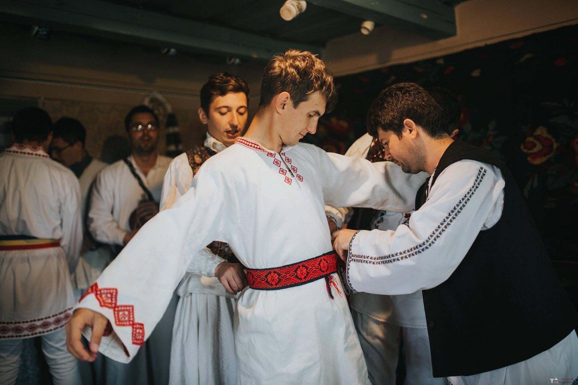 Povești Nunți Tradiționale - Andreea și Sergiu. Nuntă tradițională în Alba-Iulia 44